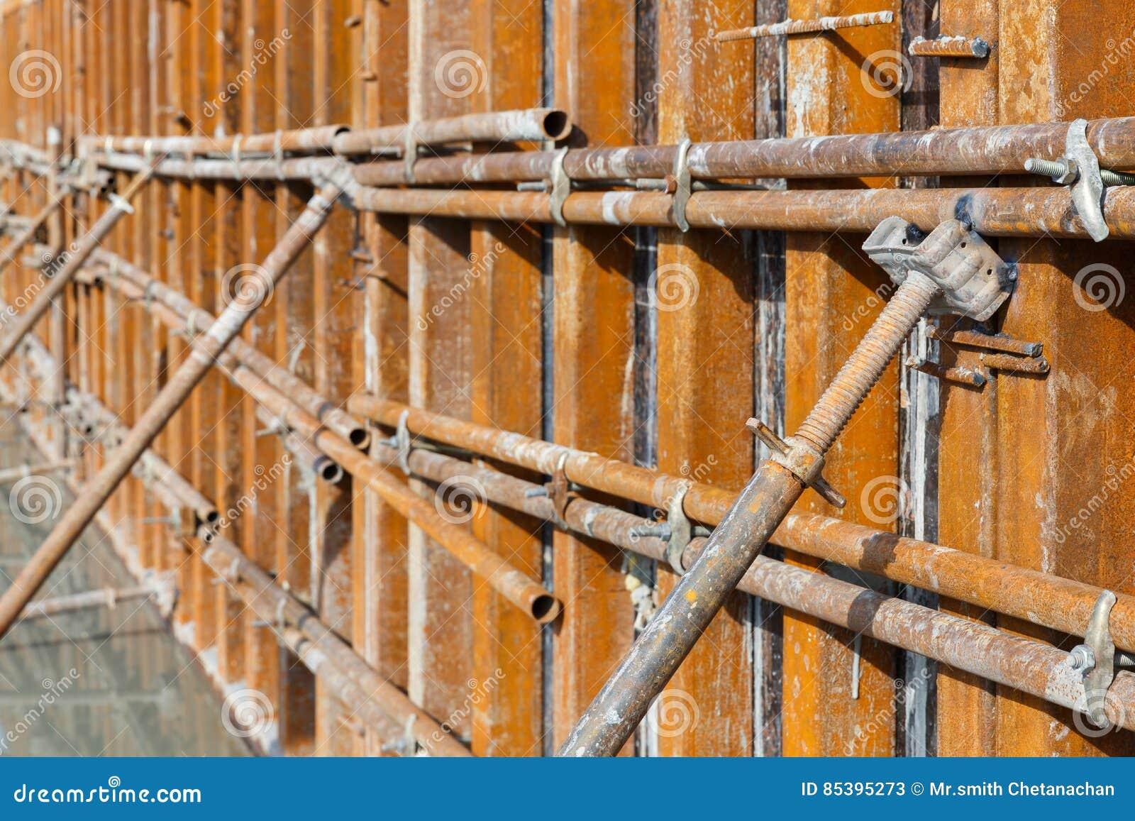 Marco Concreto De La Madera Contrachapada Del Encofrado Imagen de ...
