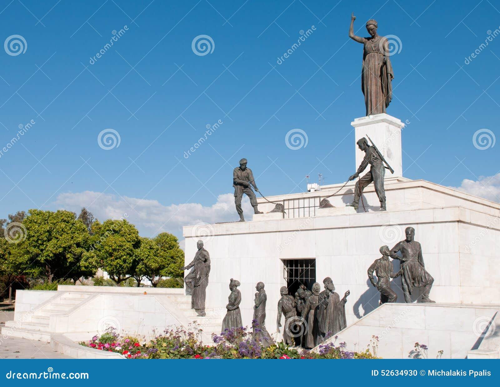 Marco Da Estátua Do Monumento Da Liberdade Em Nicosia, Chipre Foto ...