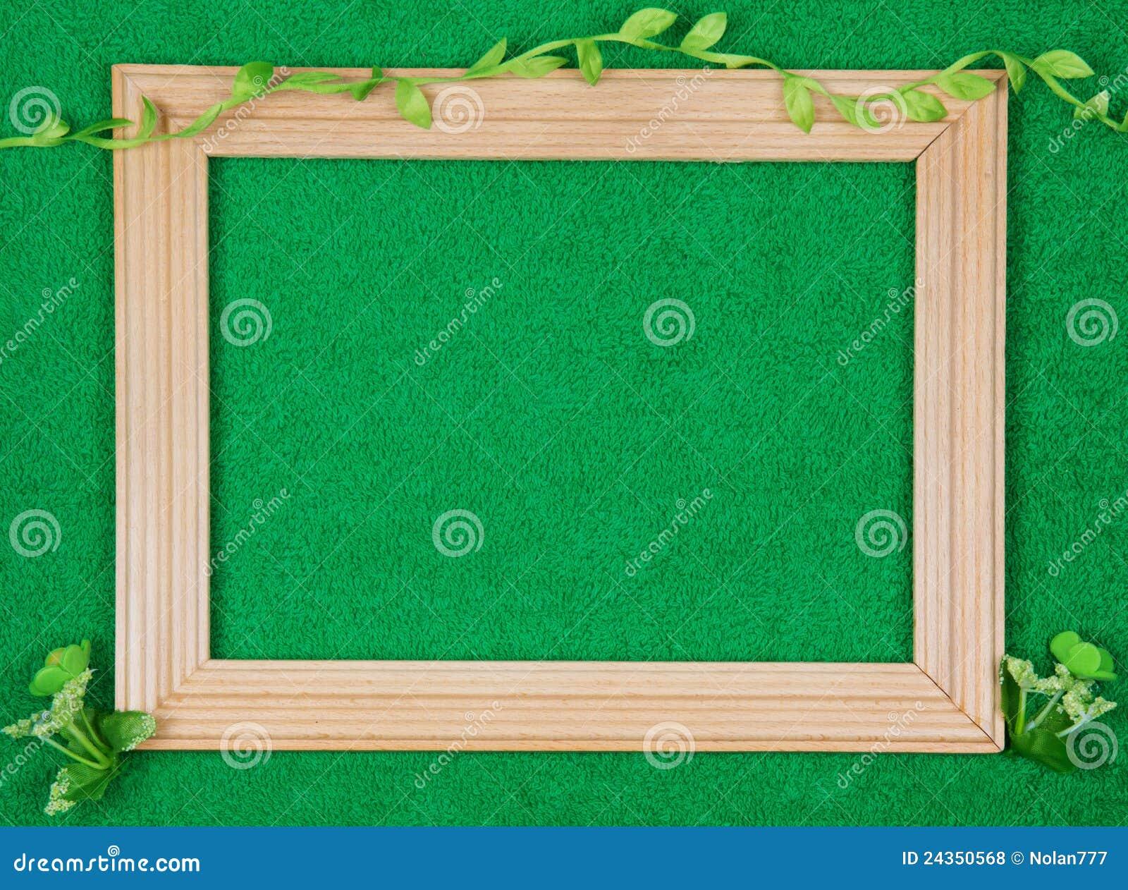Marco de madera para los cuadros foto de archivo imagen for Marcos para cuadros a medida