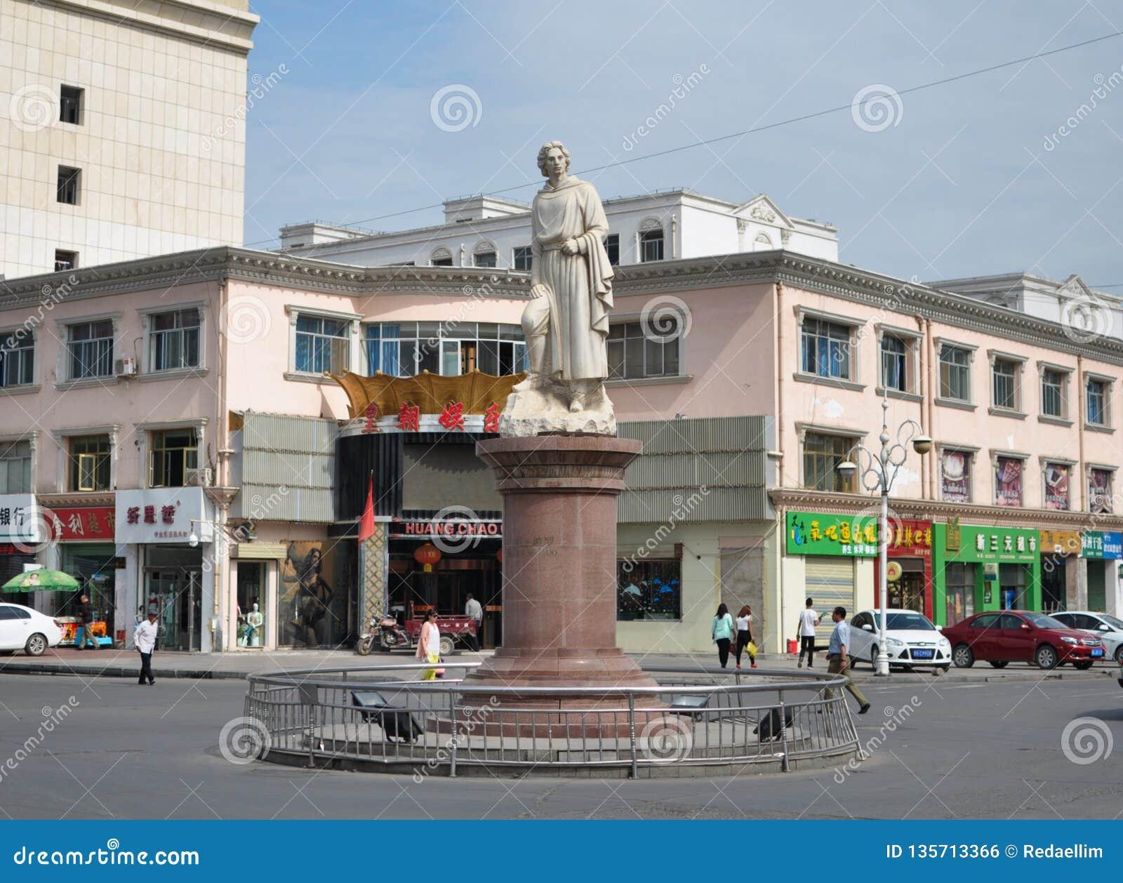 Marco Polo statua