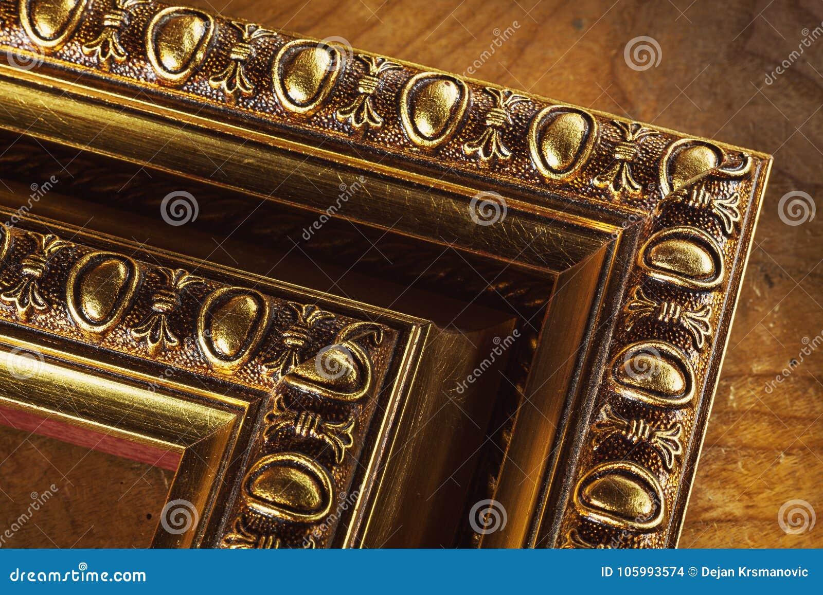 Marcos Decorativos De Madera Para Las Imágenes Foto de archivo ...