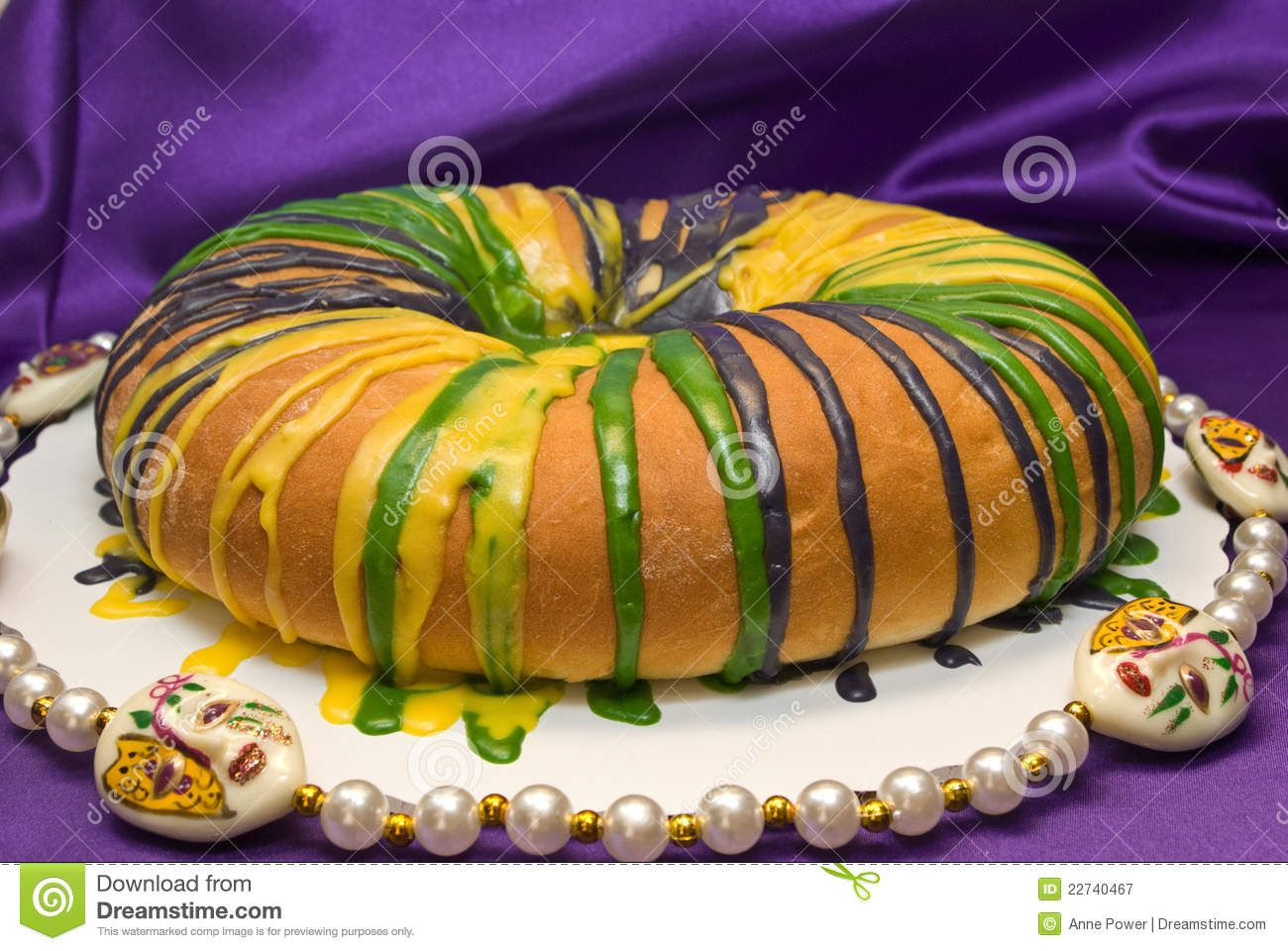 Mardi Gras King Cake Stock Image Image Of Glazed