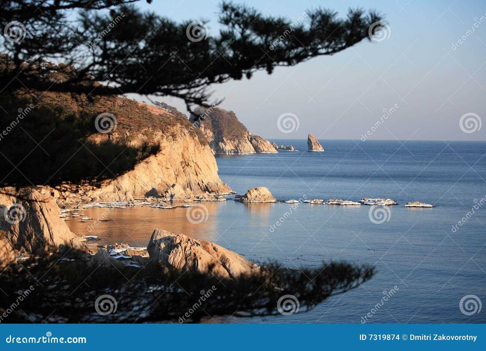 Mare di Giappone. Isola 13