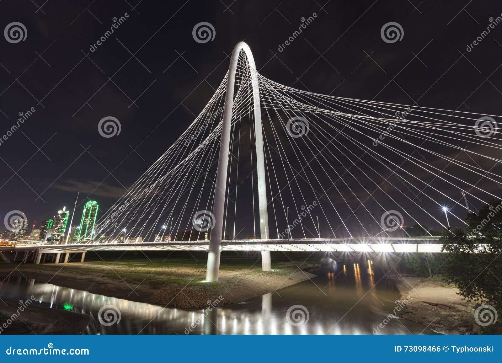 Margaret Hunt Bridge en Dallas, Tejas