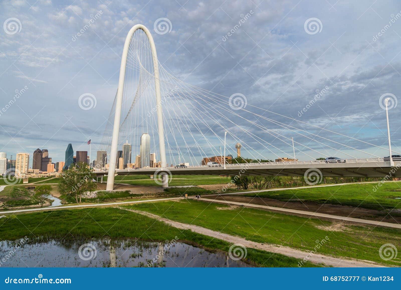 Margaret polowania wzgórza Dallas i mosta śródmieścia linia horyzontu