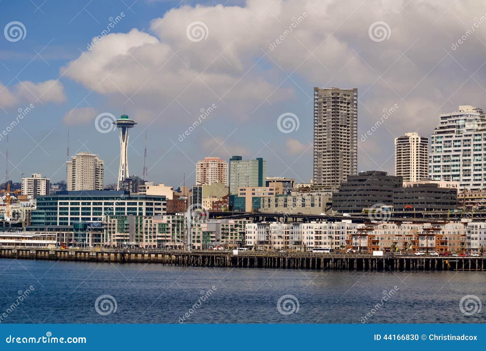 Margem e skyline, Seattle, Washington