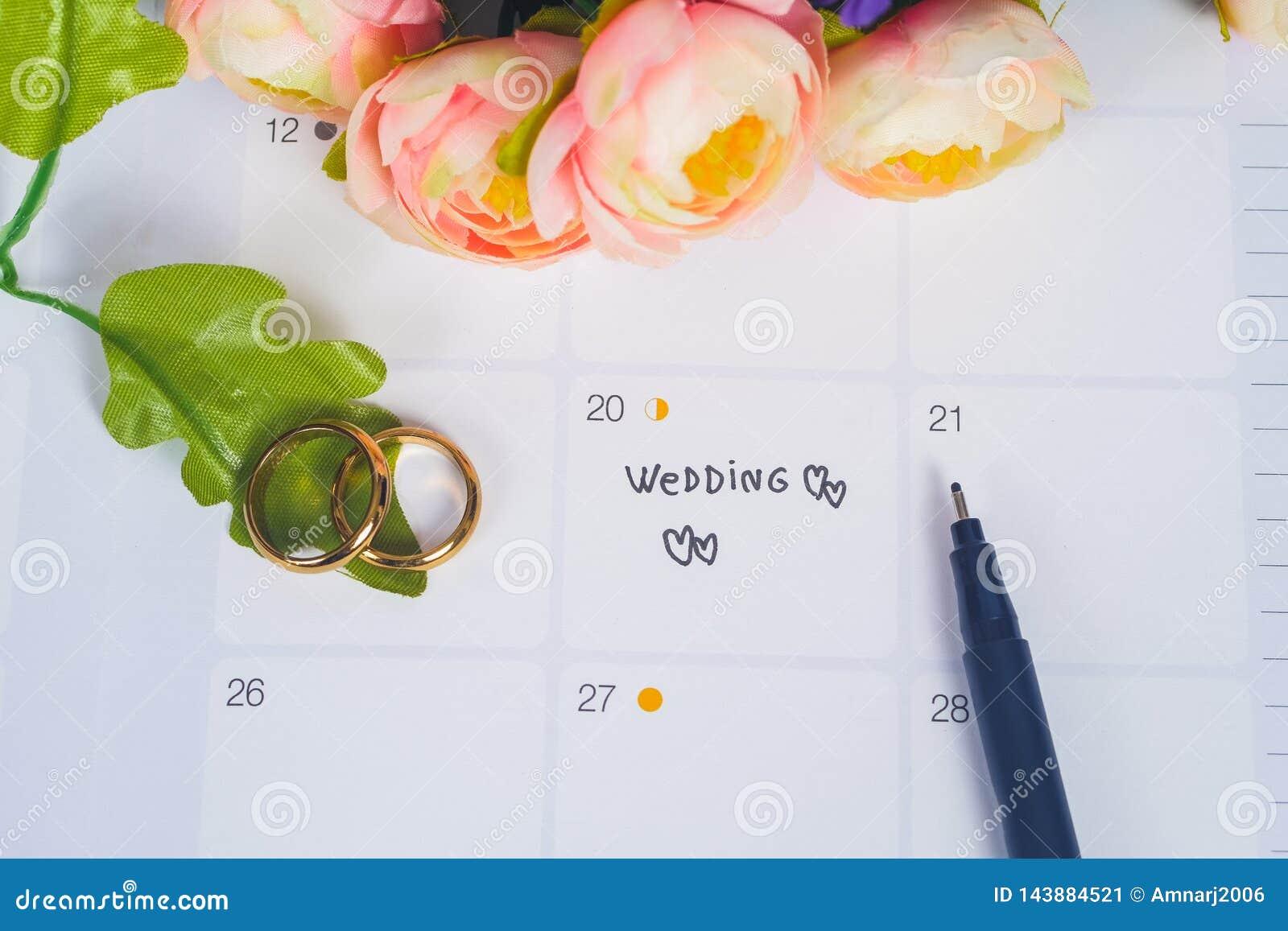 Mariage de Word au jour du mariage de rappel avec l anneau de mariage sur la planification de calendrier