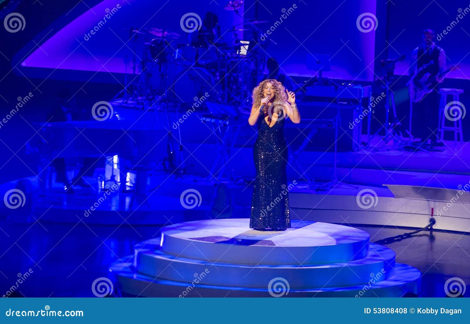 Mariah Carey Launches  MARIAH 1 AAN ONEINDIGHEID  bij Caesars Palace I