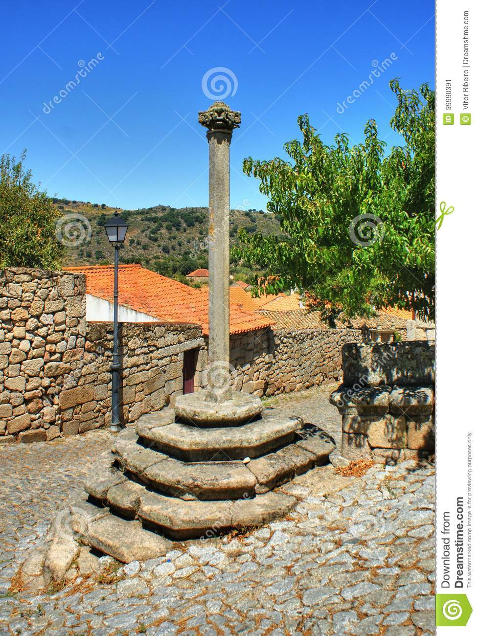 Download Marialva pillory in Meda, stock image. Image of historical - 39990391