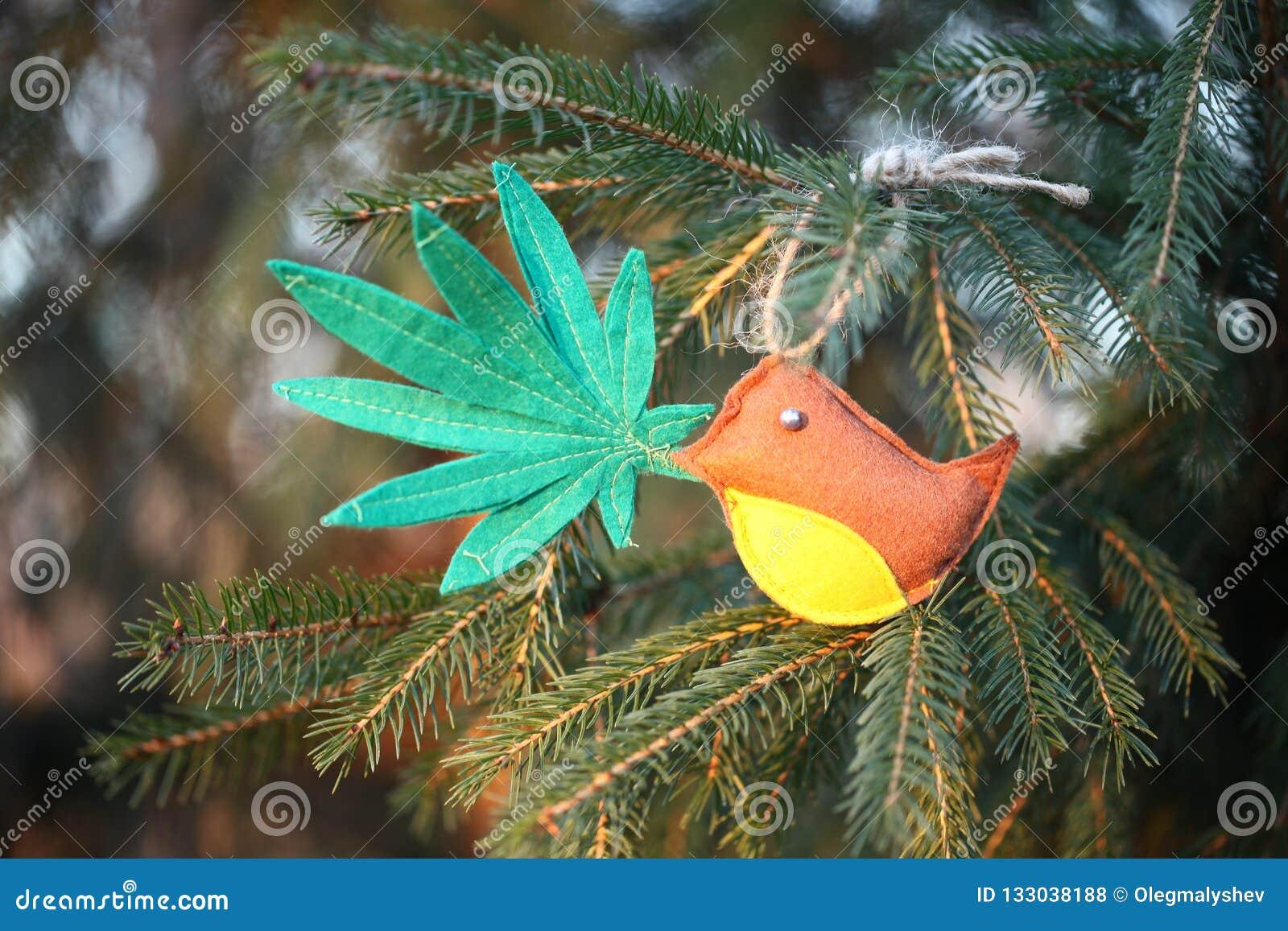 Marihuana liść w ptaka belfrze Marihuany marihuany nowego roku rozrywka
