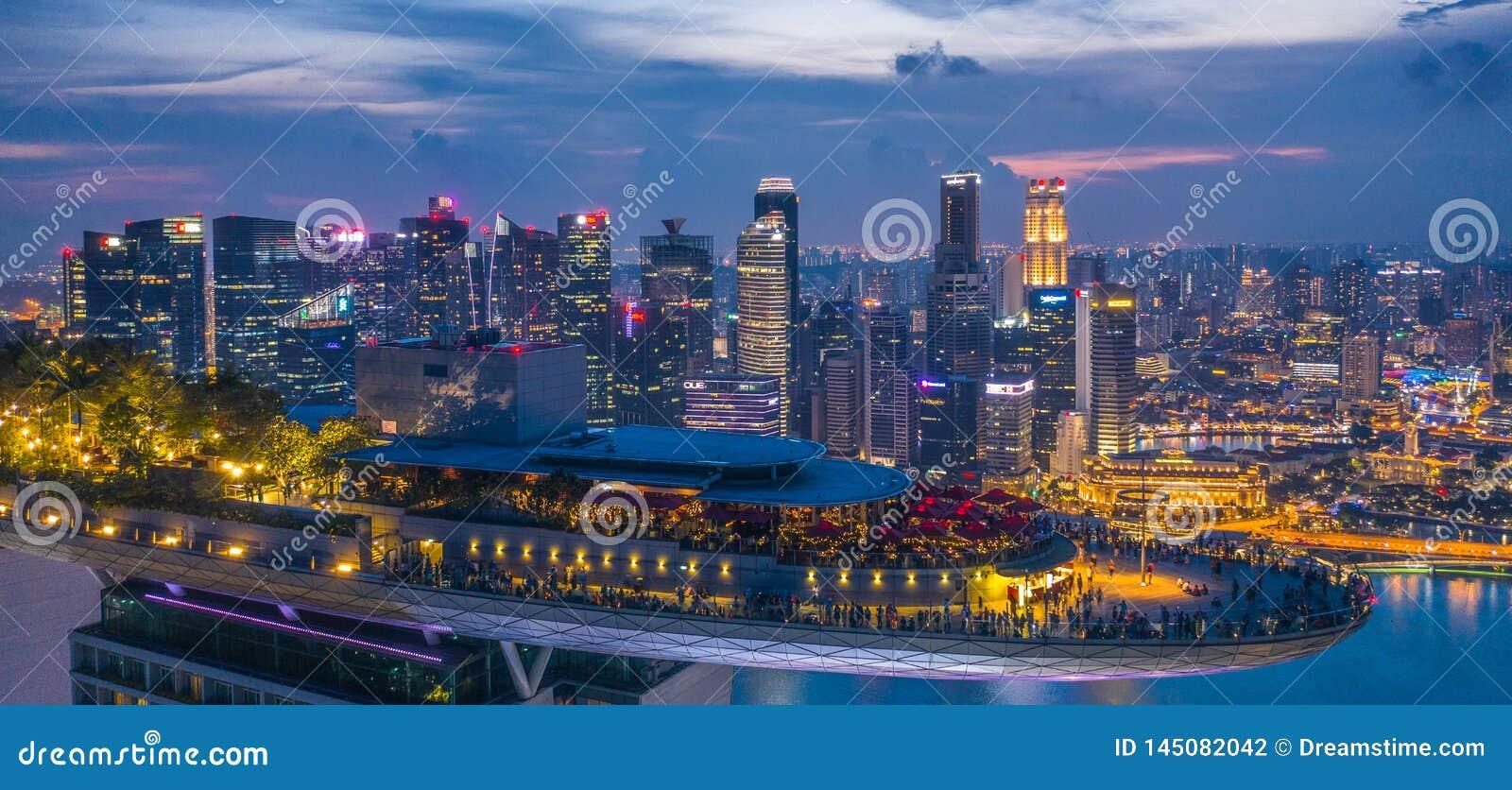 Marina Bay Hotel Skypark Skygarden Skybar in Singapur - Raumschiff