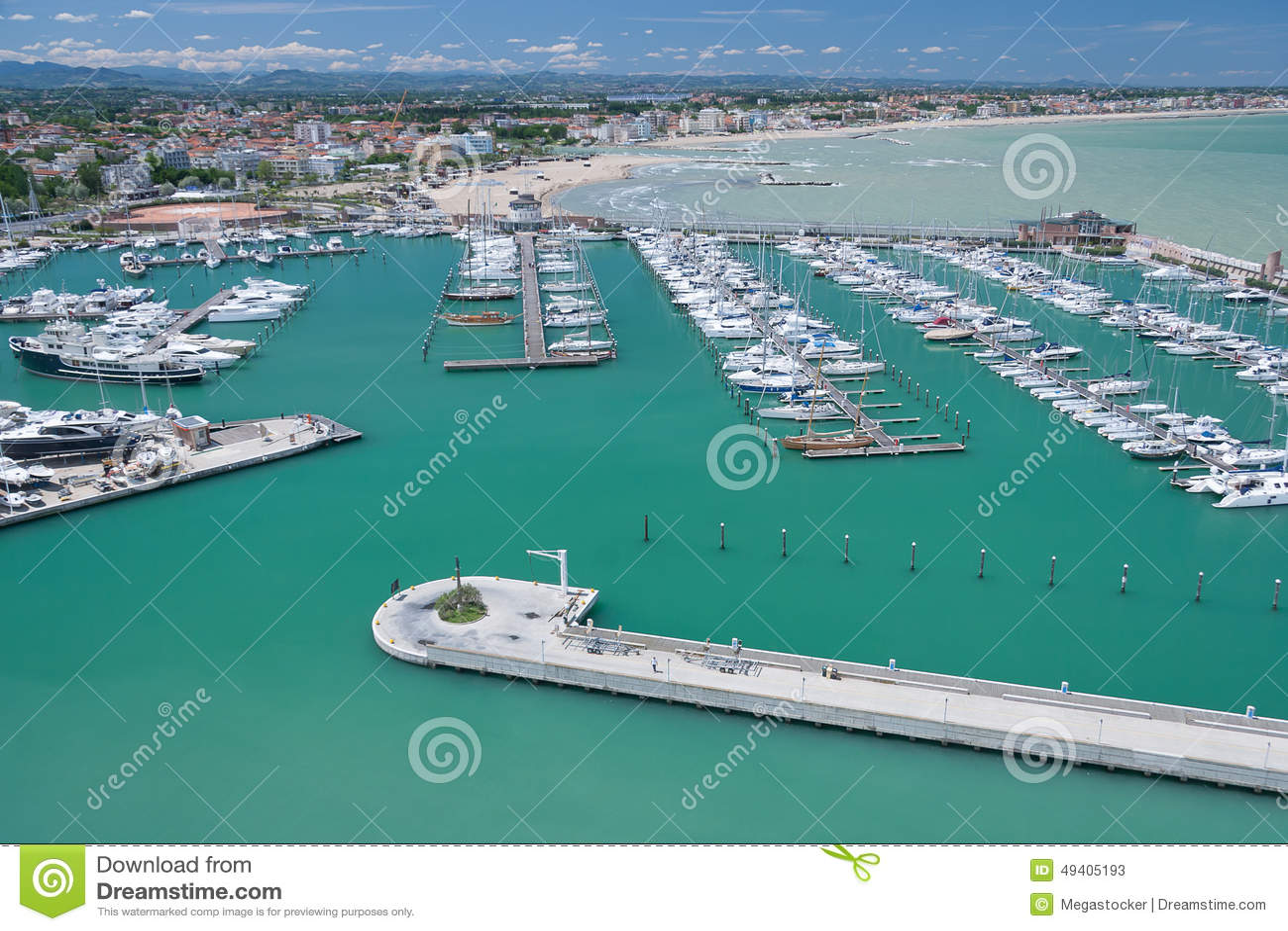 Download Marina Bay In Rimini, Italien Stockbild - Bild von landschaft, pier: 49405193