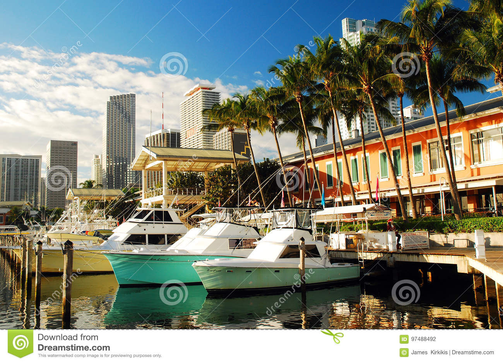Marina de Bayside