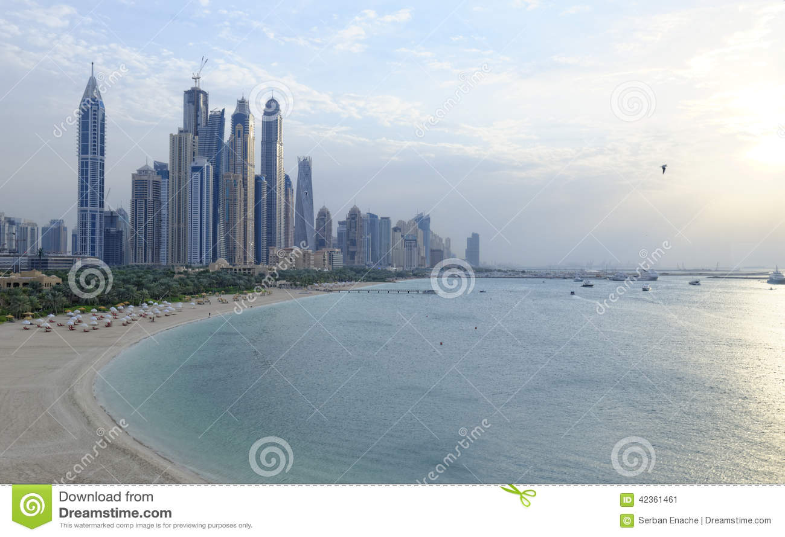 Marina de Dubaï au coucher du soleil