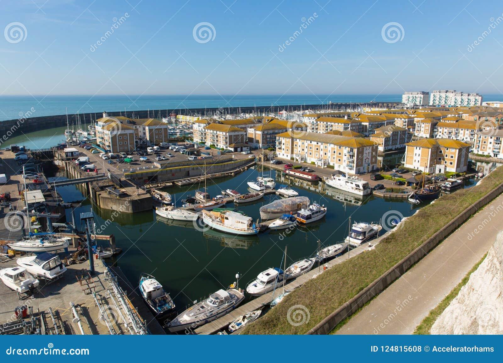 Marina le Sussex est de Brighton