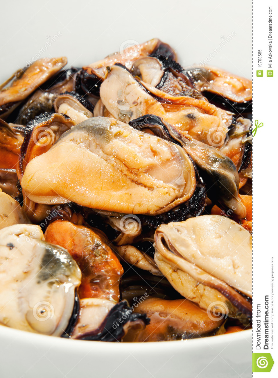 how to eat marinated mussels