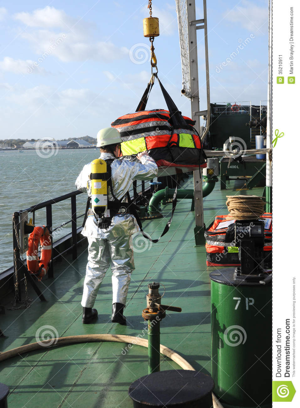 Marine Firefighters In Breathing Apparatus Editorial Photo - Image ...