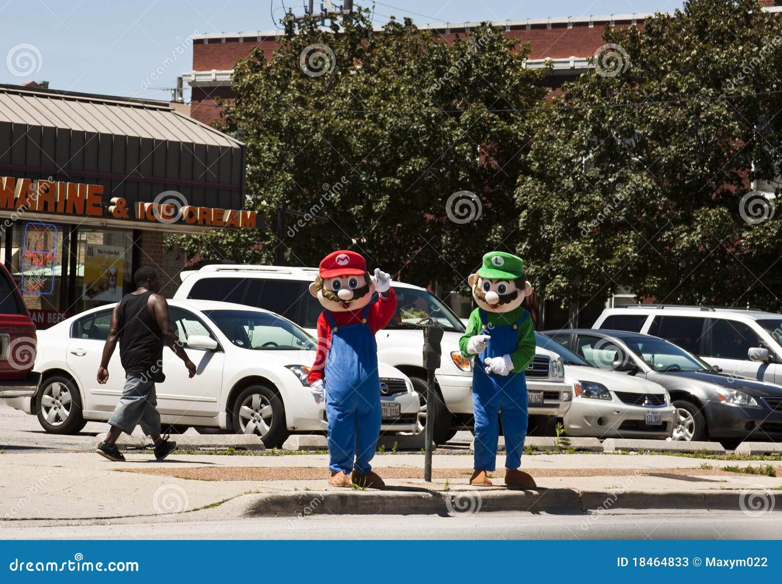 Mario Bros y Luiggy