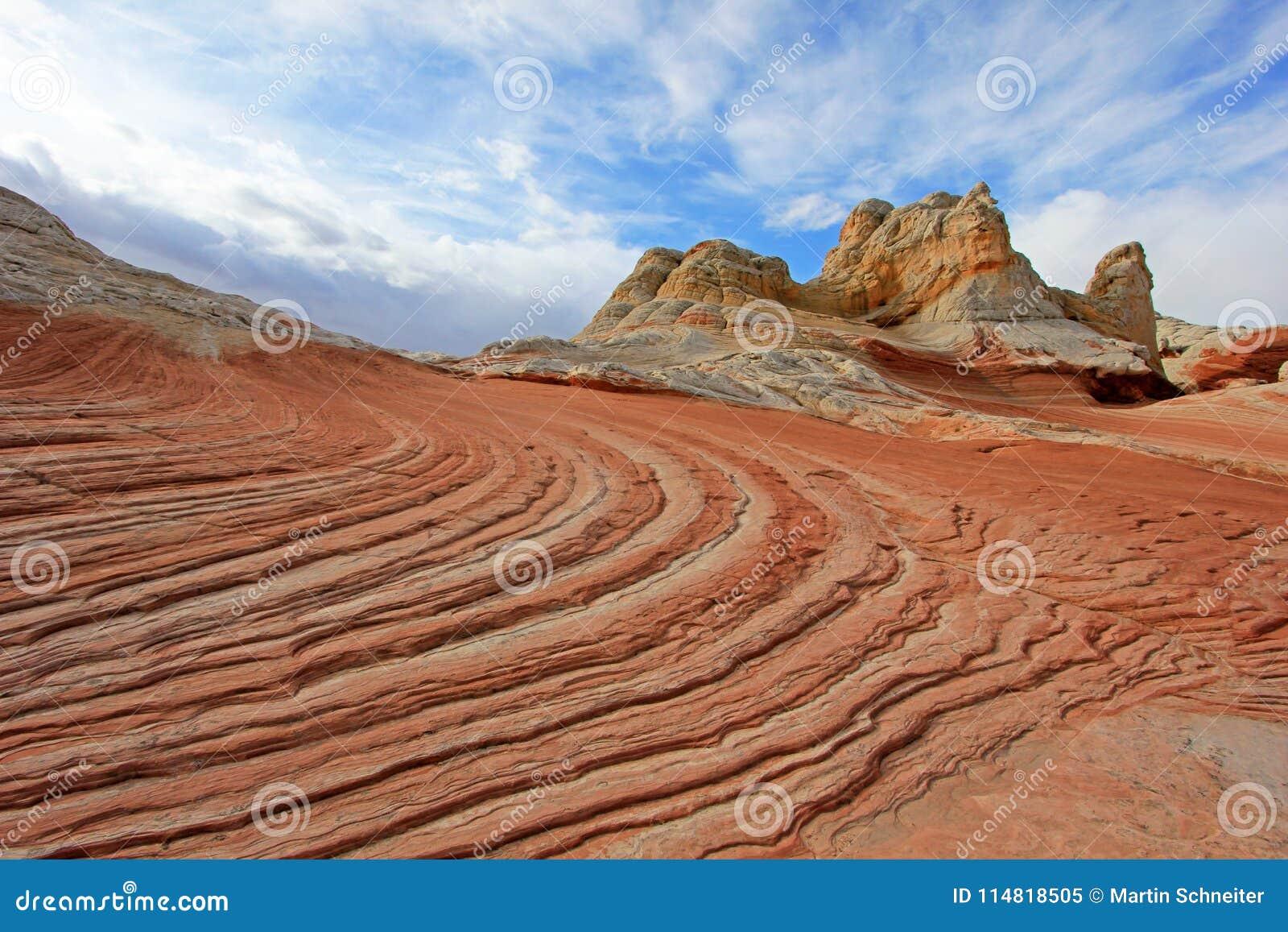 Mariposa, una formación de roca en el bolsillo blanco, motas CBS del sur, desierto bermellón de los acantilados del barranco de P