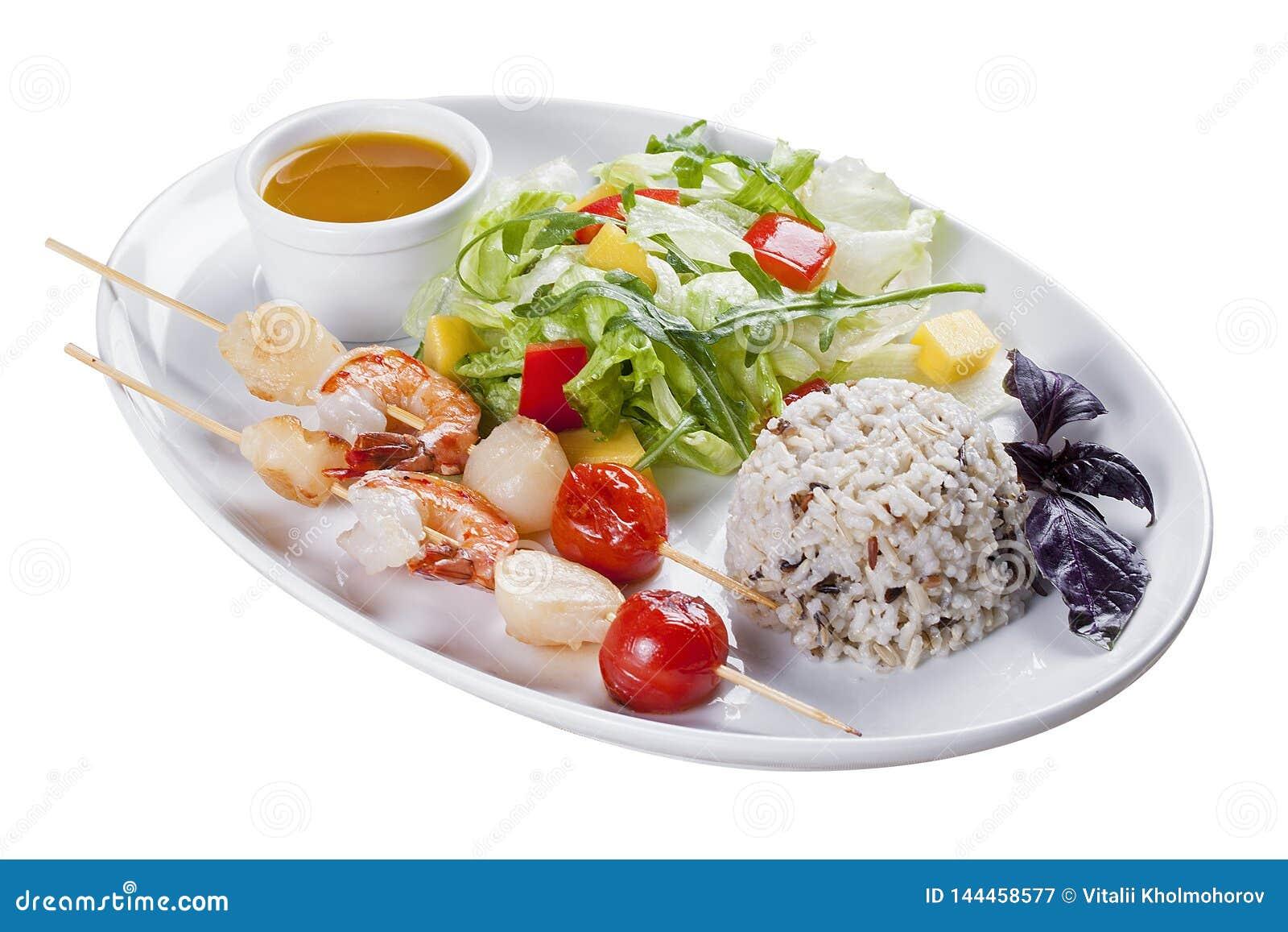 Marisco com arroz e vegetais