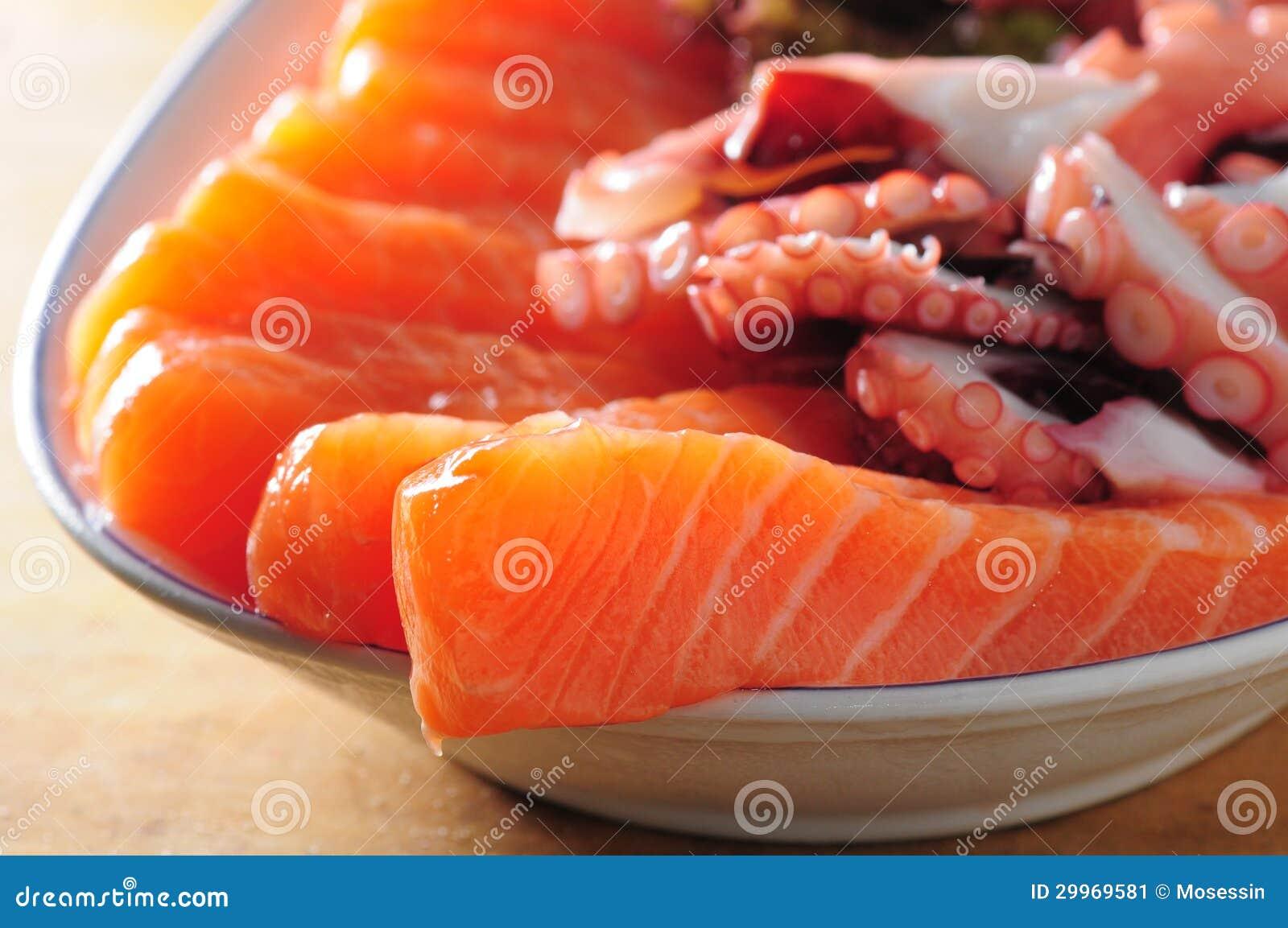 Salmões do Sashimi