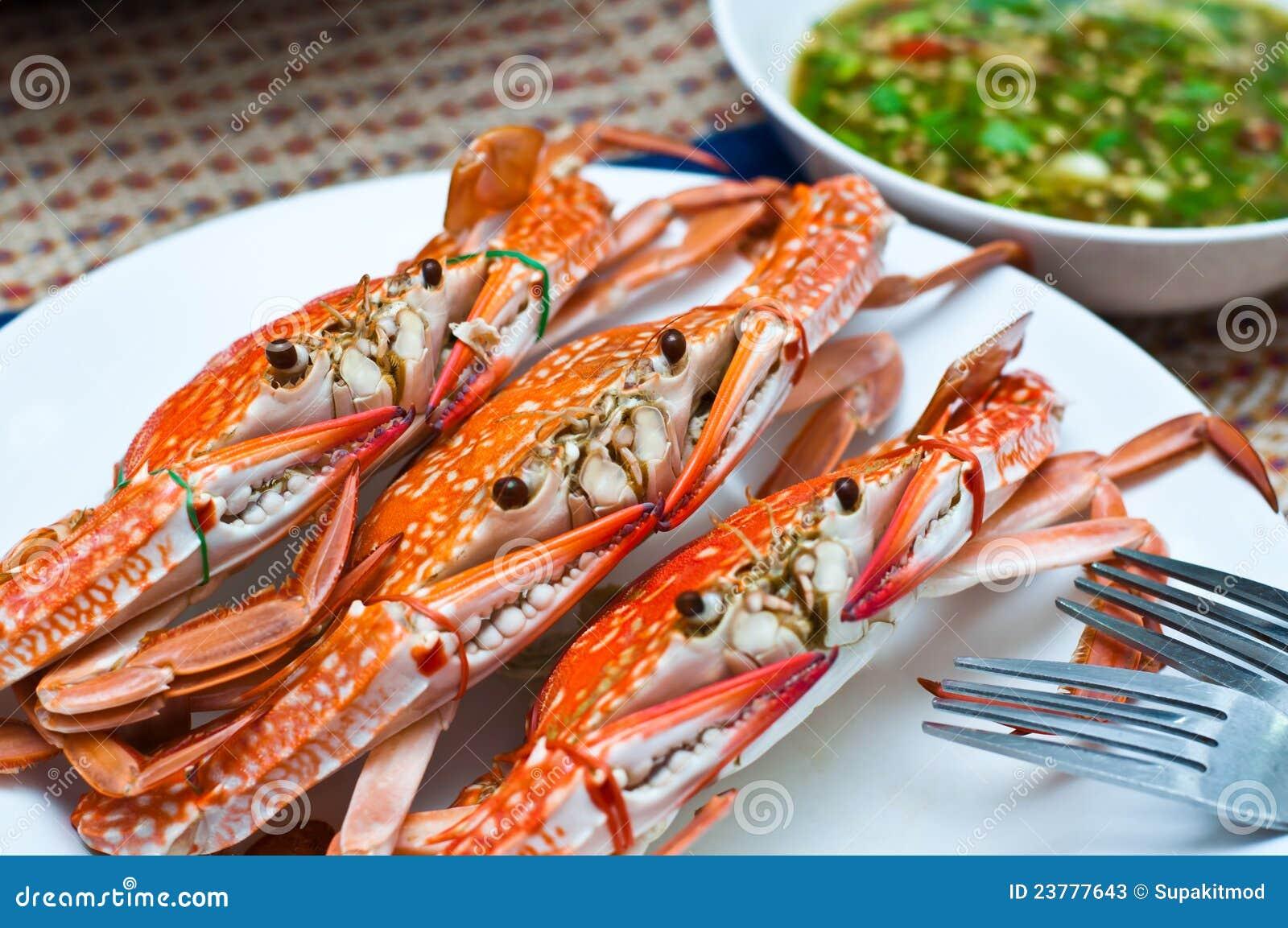 Mariscos locales hervidos cangrejo