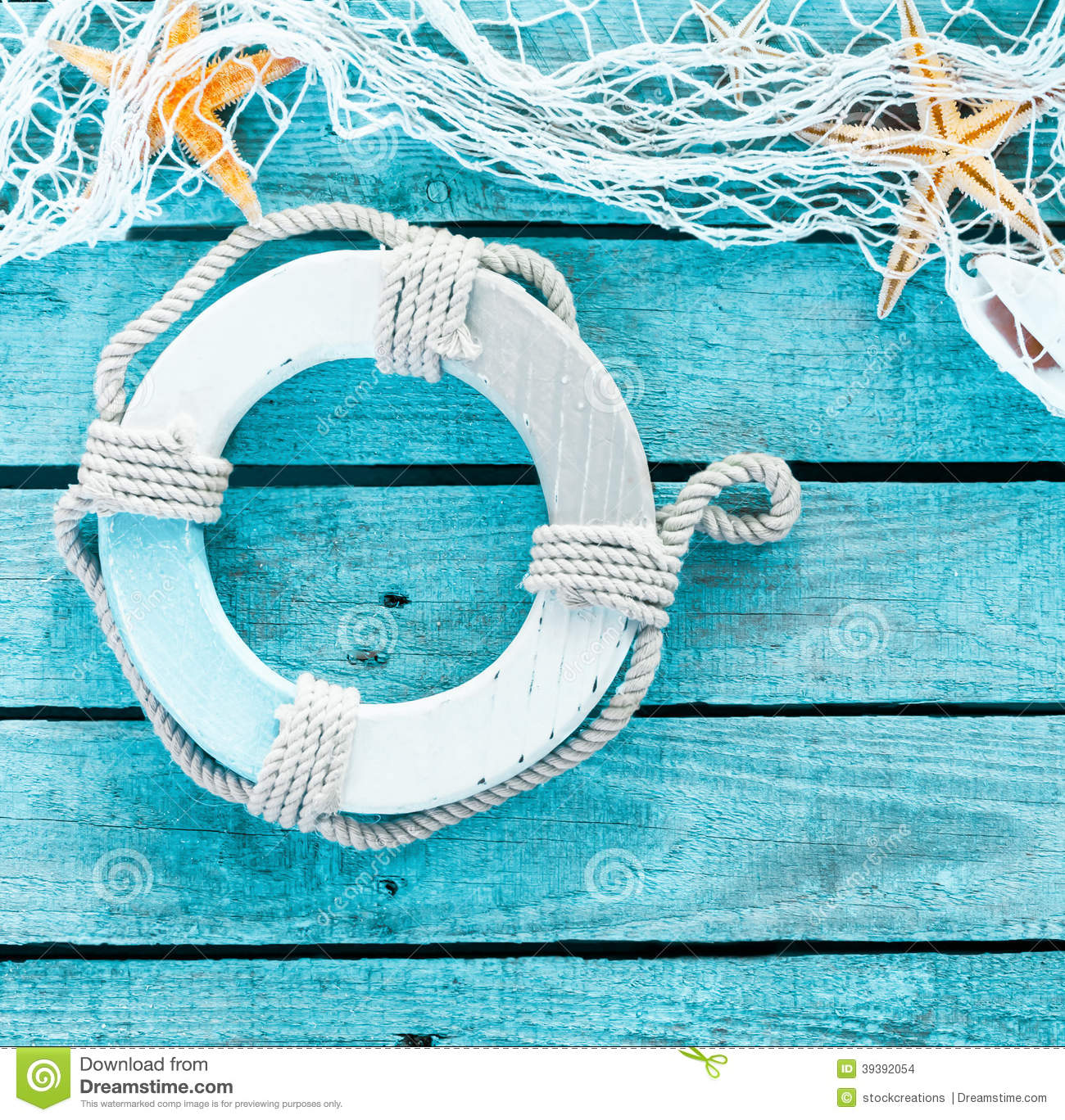 Maritime decoration with a life ring and fishnet stock photo image 39392054 - Decoration marine maison ...