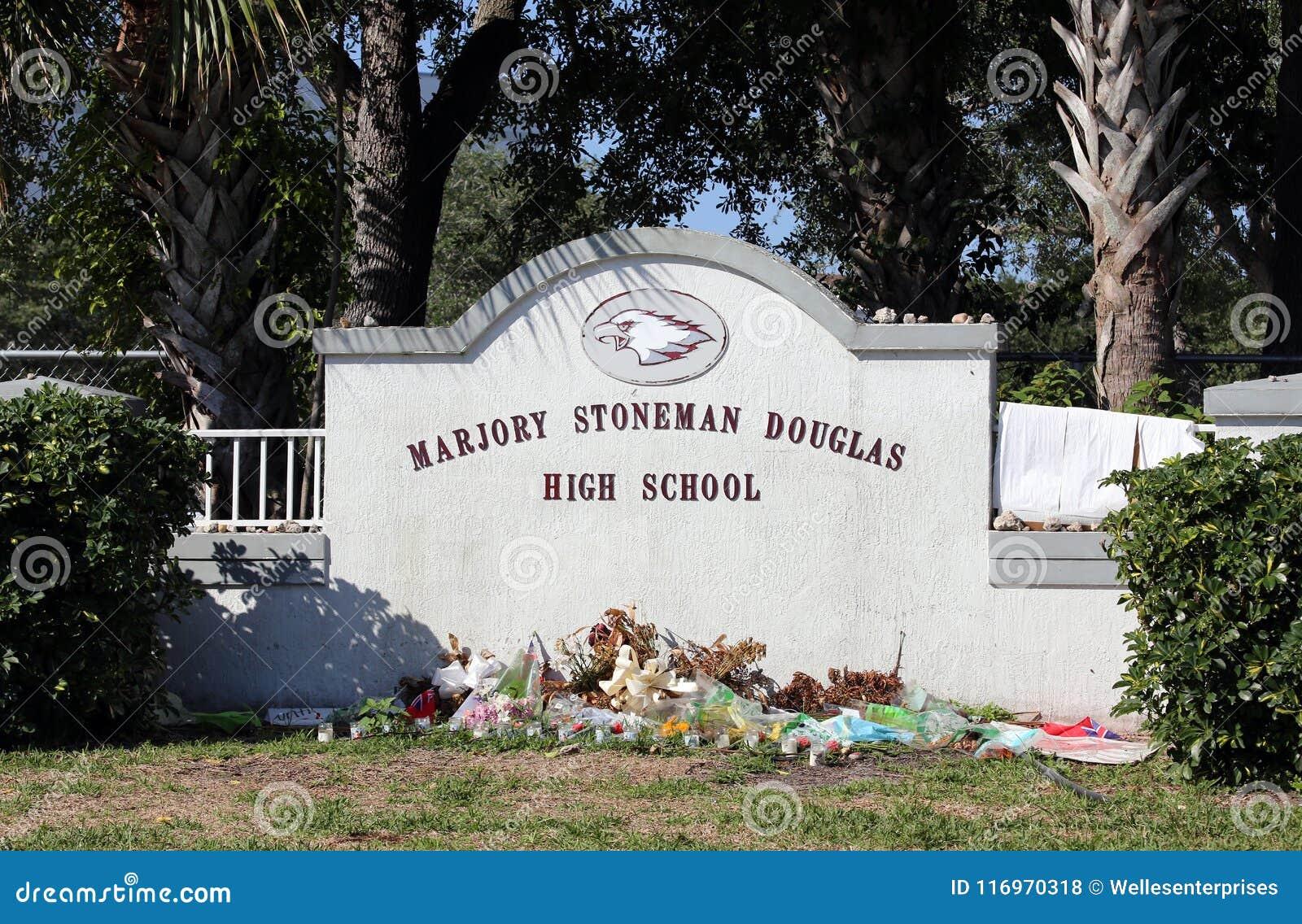 Marjory Stoneman Douglas szkoły średniej Parkland strzelanina