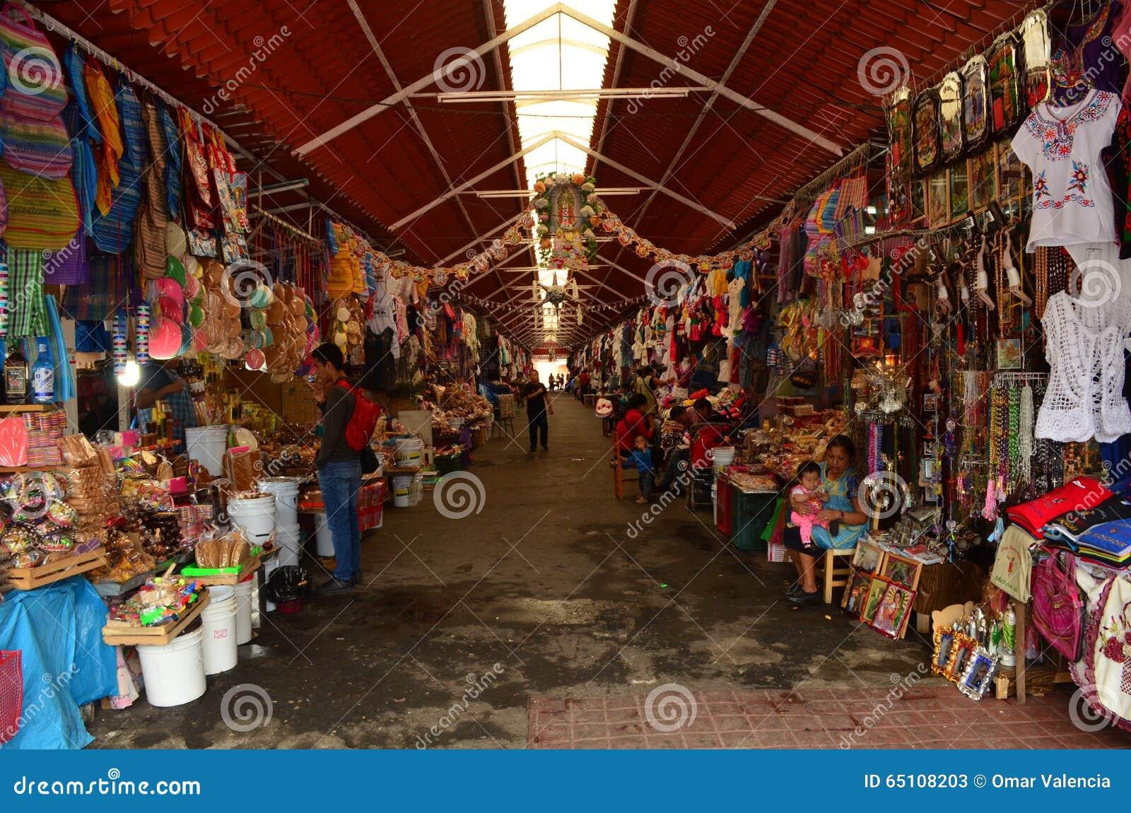 Market in the downtown of San Juan Nuevo
