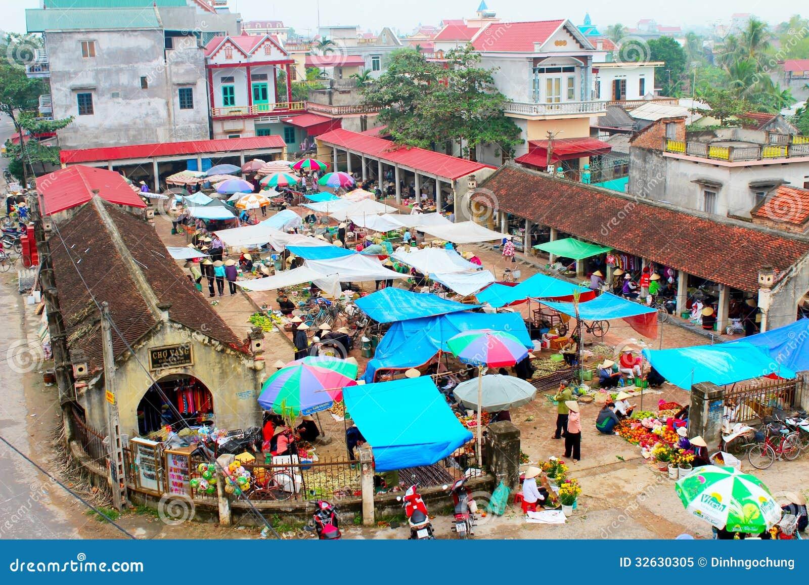 Hai Duong Vietnam  city photos : ... Hai Duong,Vietnam. This is the oldest stock market in rural Vietnam