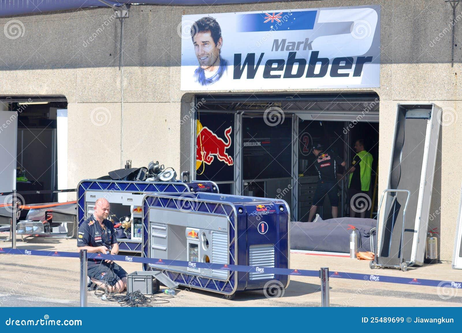 Markieren Sie Webbers Gruben-Garage in Montreal F1