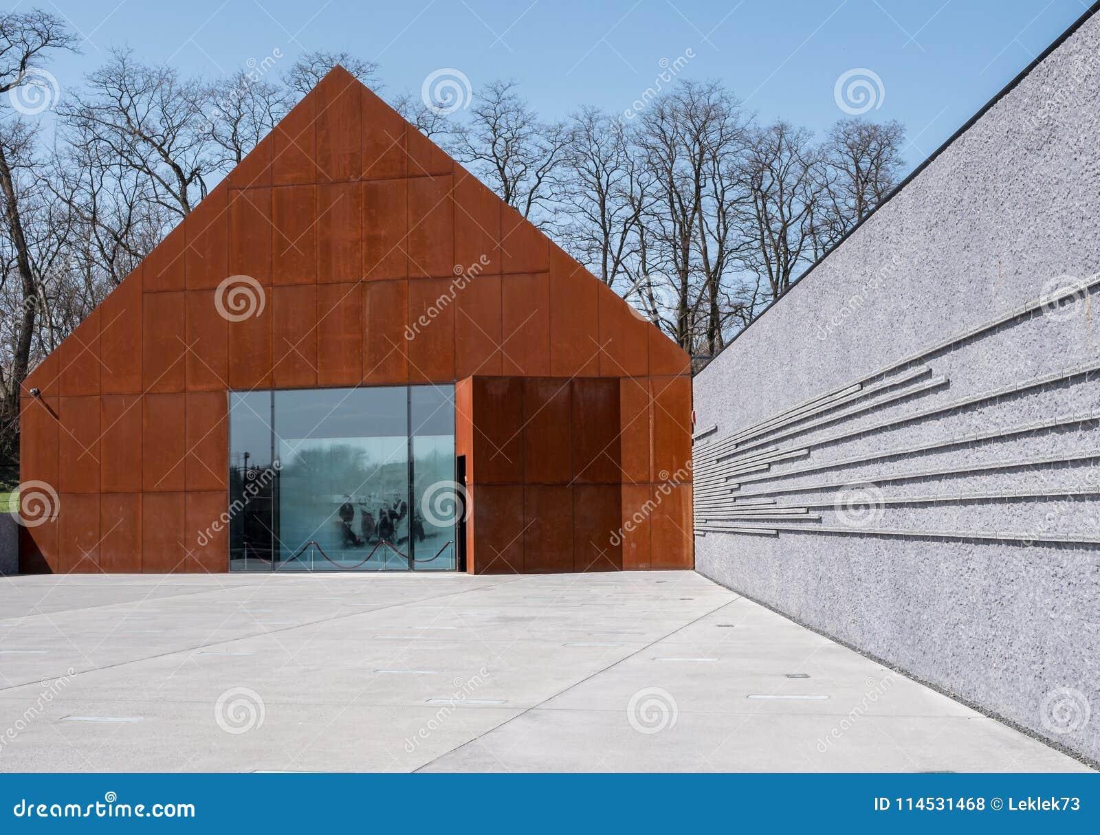 Markowa Polska Ulma Rodzinny muzeum słupy Ratuje żyd w drugiej wojnie światowa projektującej Nizio projektem