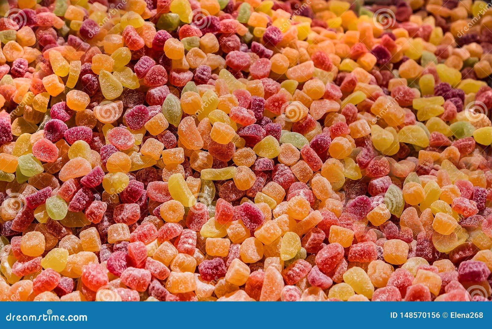 Marmelade colorato dolce della gelatina in un mercato