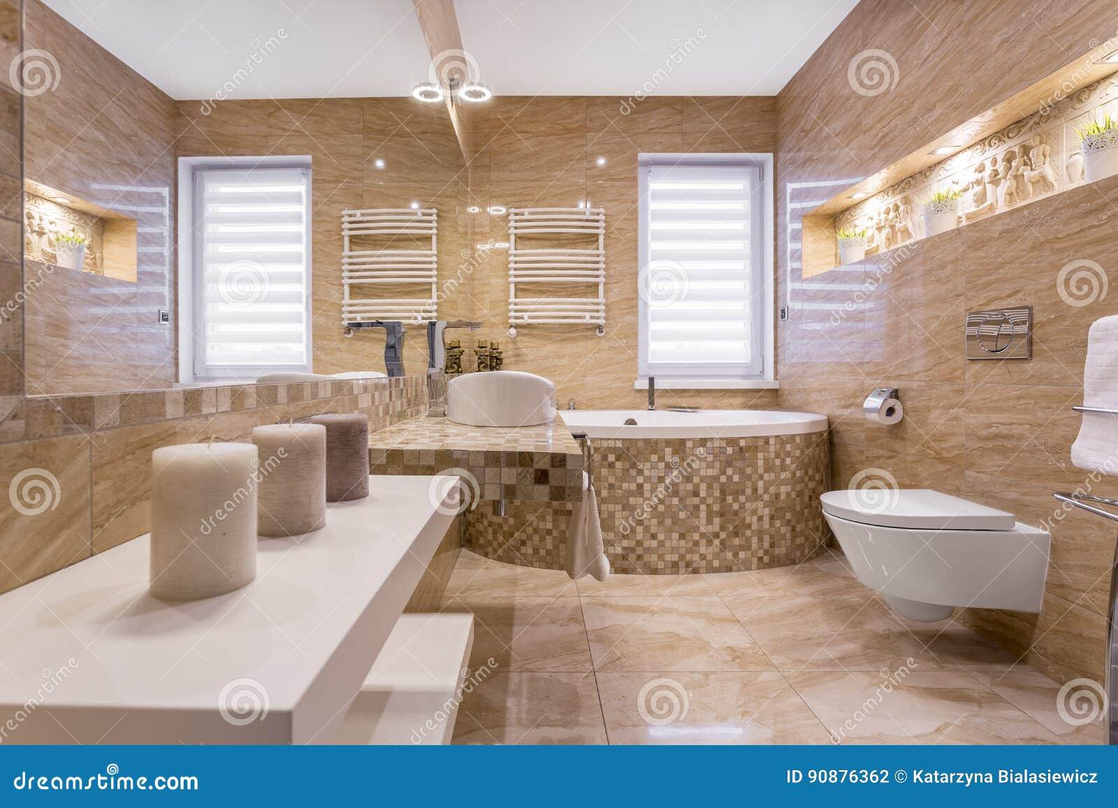 Marmurowa Beżowa łazienka Zdjęcie Stock Obraz Złożonej Z