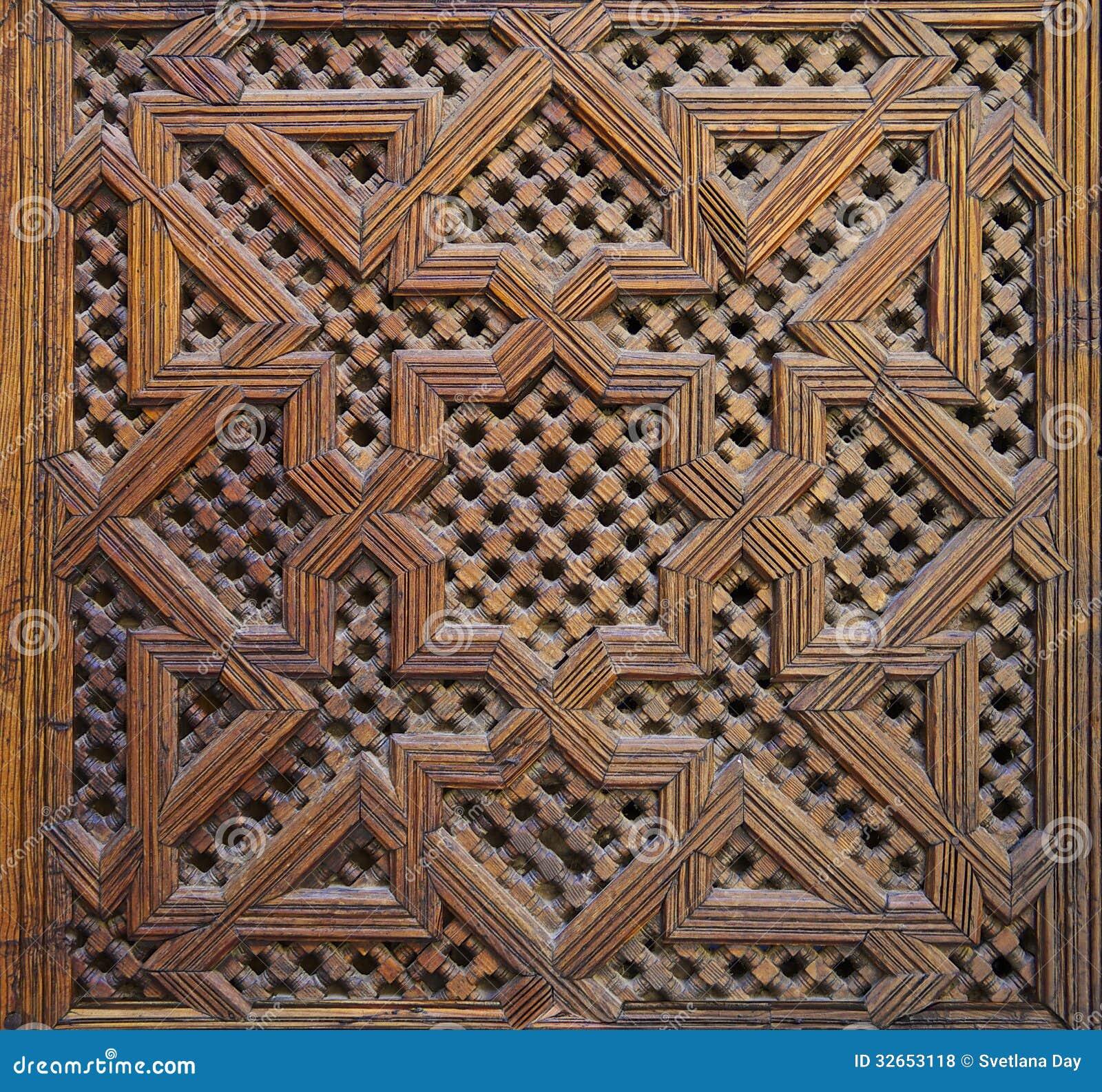 marocain cedar wood arabesque carving photos libres de droits image 32653118. Black Bedroom Furniture Sets. Home Design Ideas