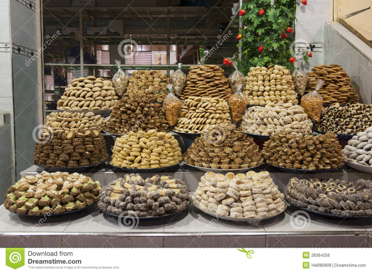 Moroccan pastries royalty free stock image image 28364256 for Authentic moroccan cuisine