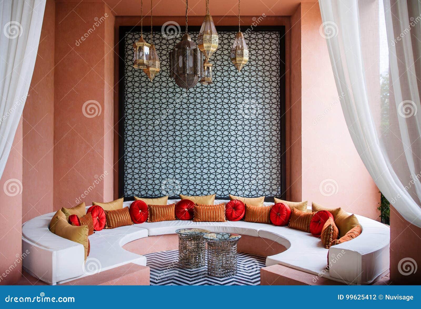 Marokkaanse stijlwoonkamer marokkaanse decoratie redactionele