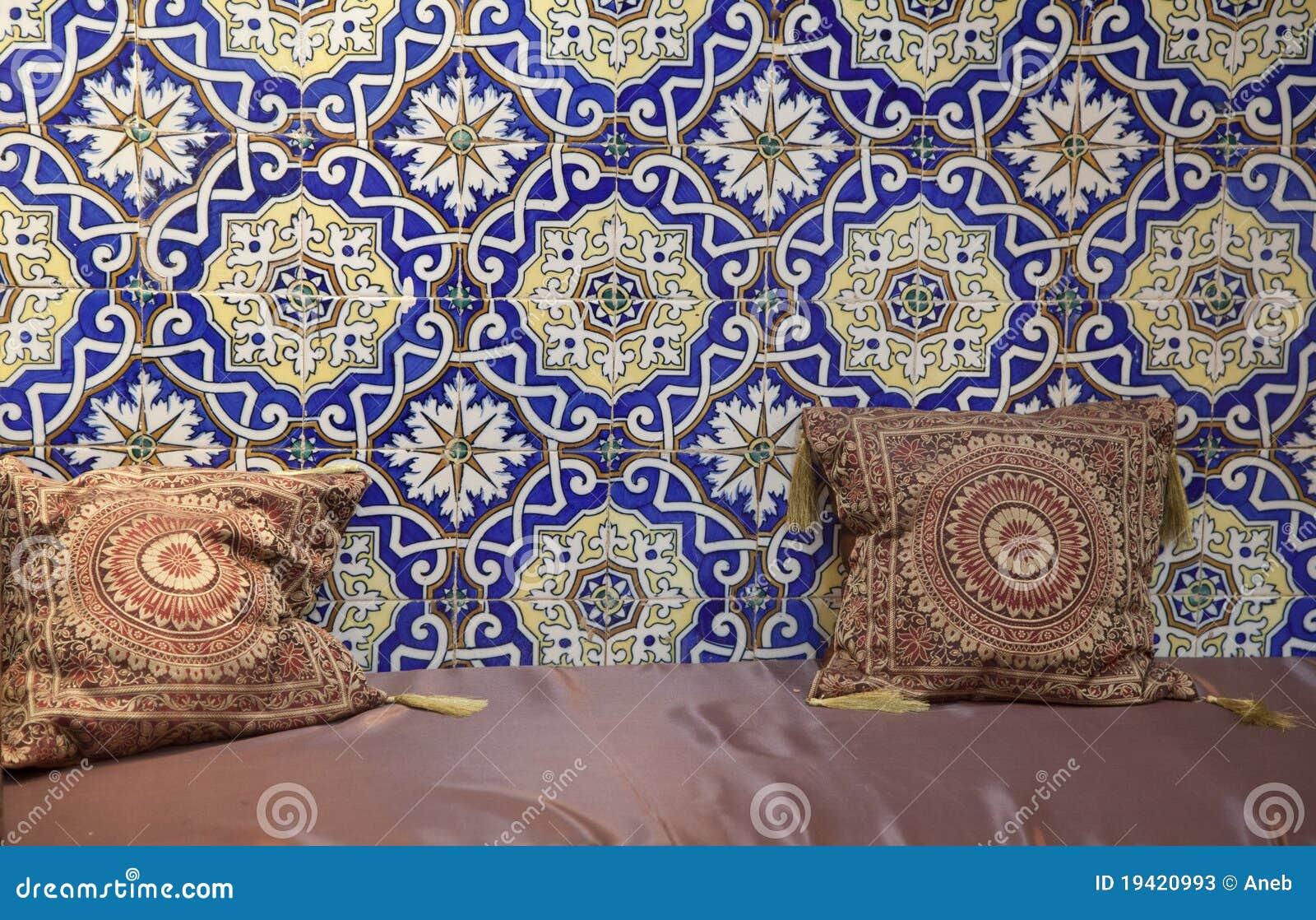 marokkanisches wohnzimmer stockfotos - bild: 19420993, Wohnzimmer