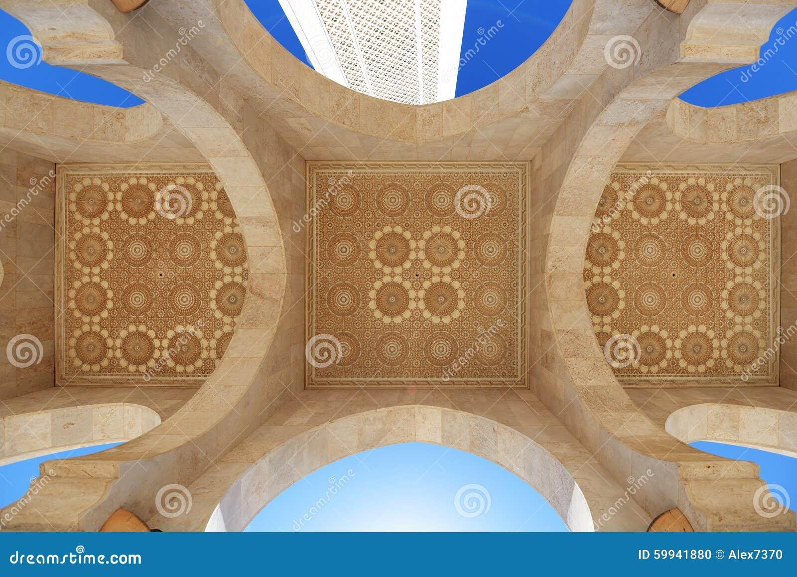 Maroko Arkada i sufit Hassan II meczet w Casablanca