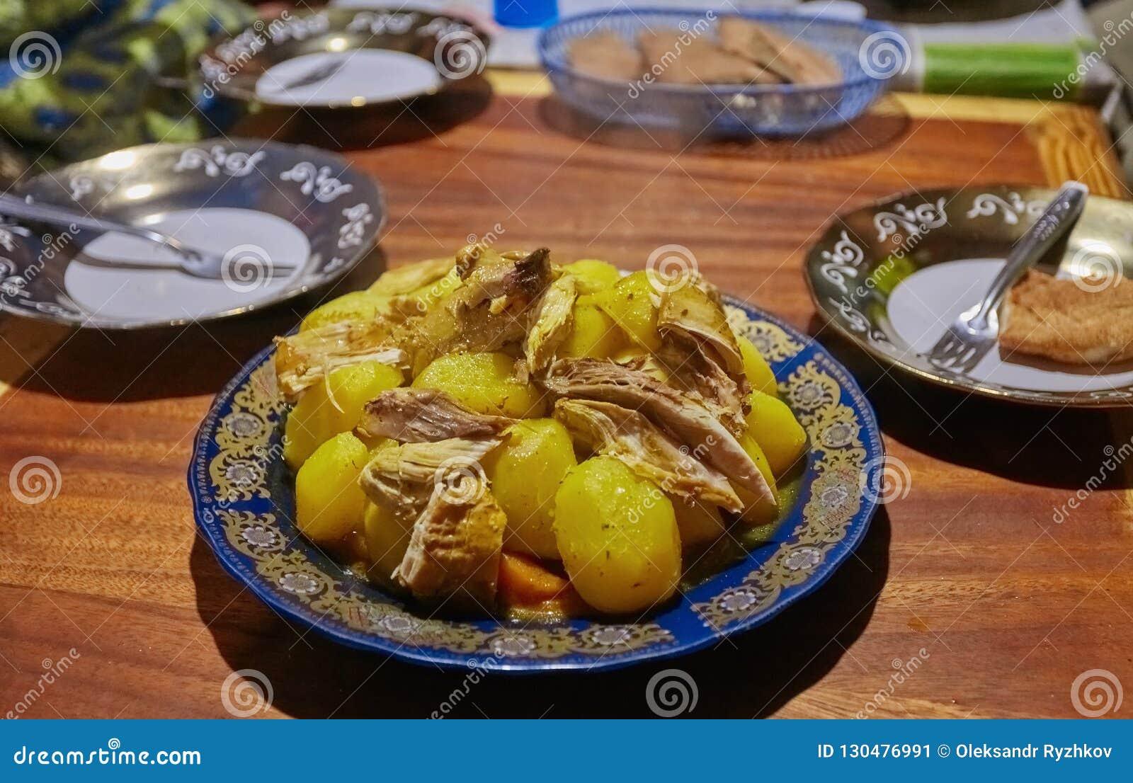 Maroko krajowy naczynie - tajine mięso