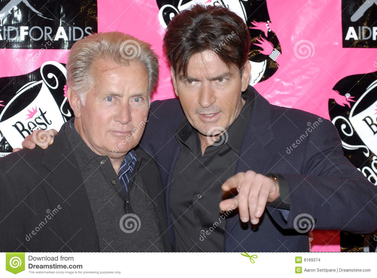 Martin Sheen and Charlie Sheen appearing on the re
