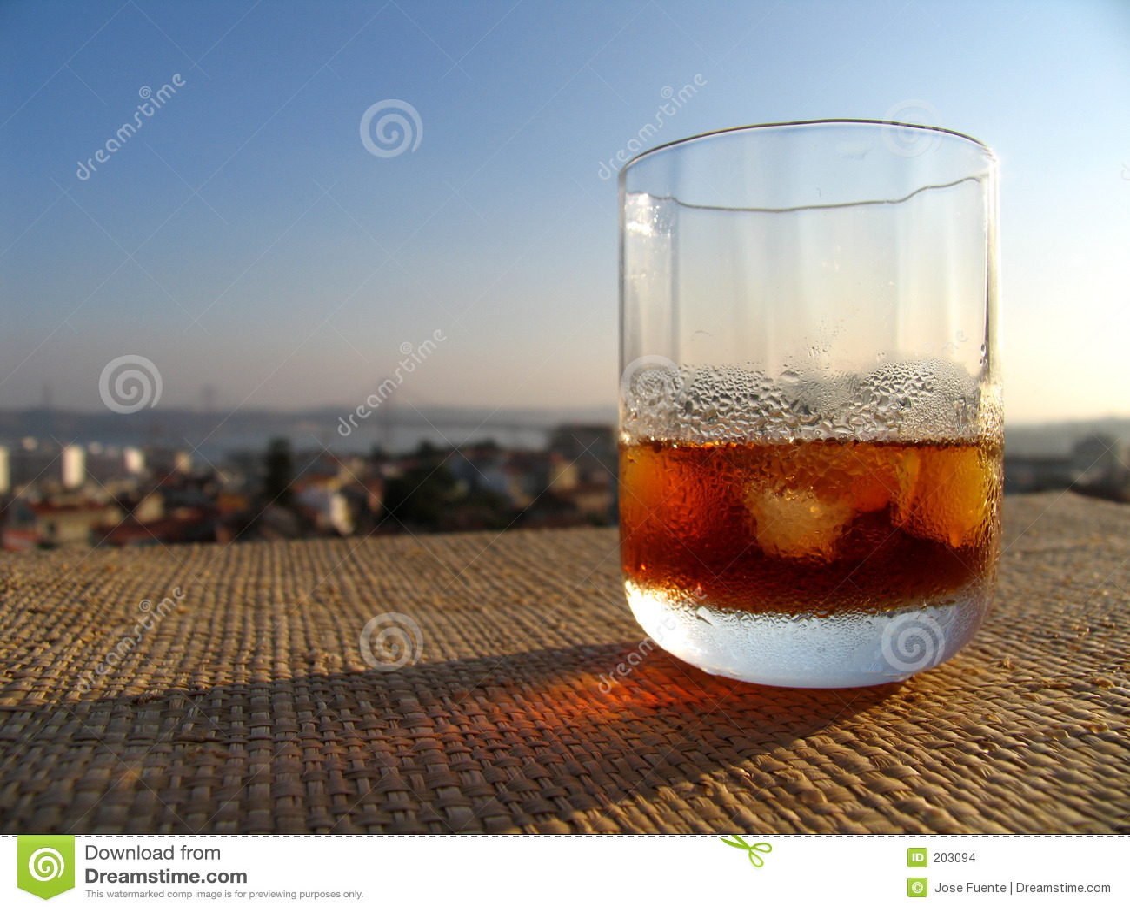 Martini sur la terrasse