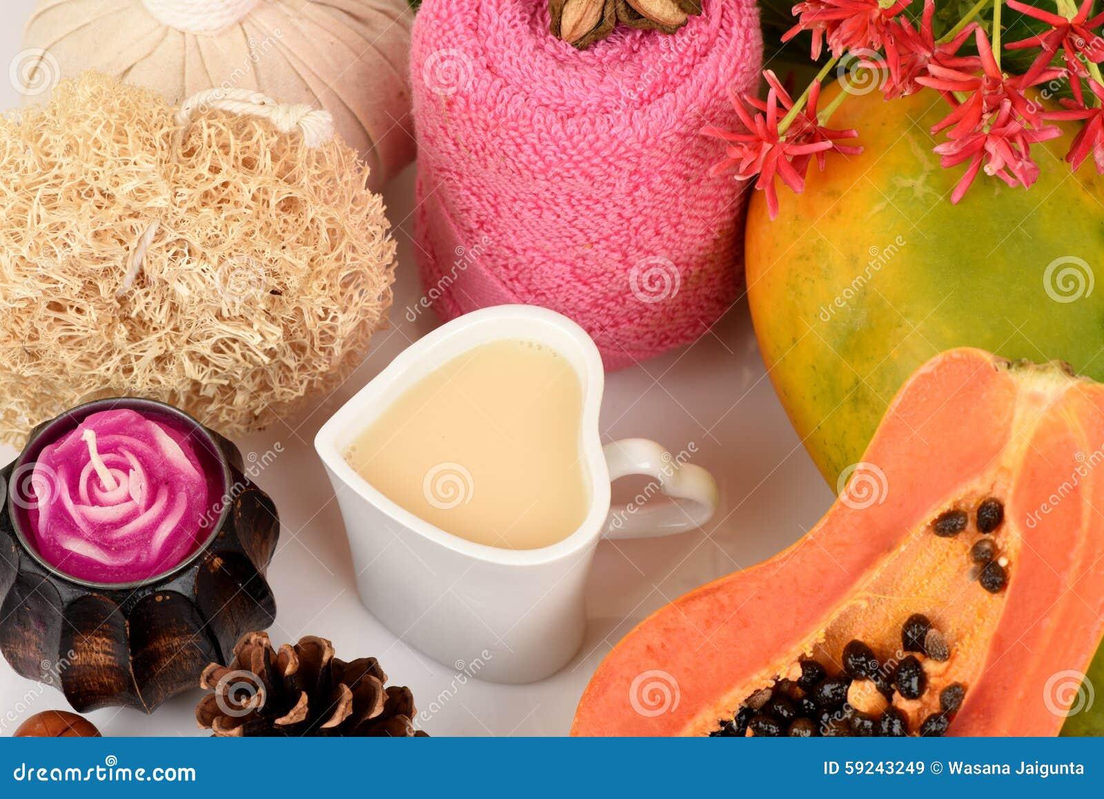 Download Mascarilla Para El Tratamiento Del Acné Con La Papaya Y La Leche Fresca Imagen de archivo - Imagen de aromatherapy, morin: 59243249