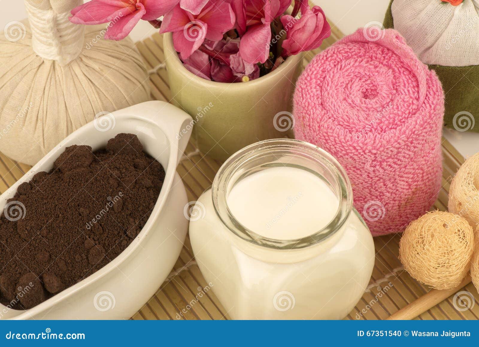 Maschera di protezione con i motivi freschi di caffè e del latte