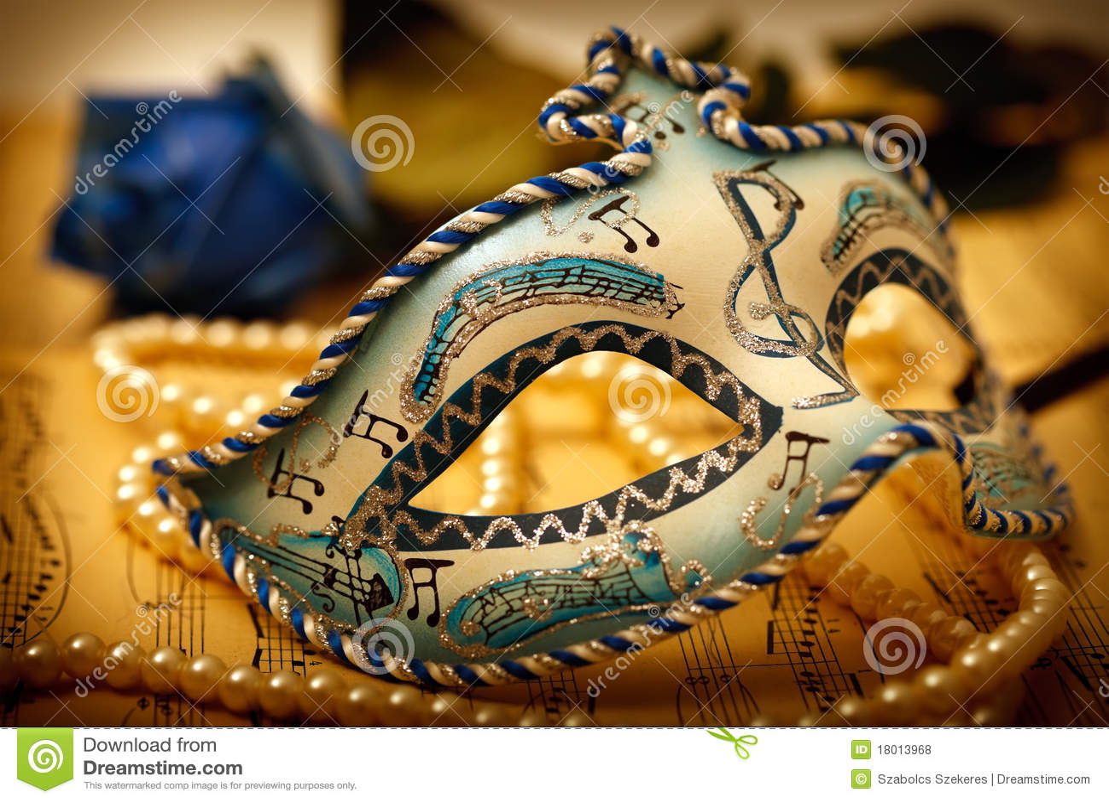 Mascherina decorata di carnevale