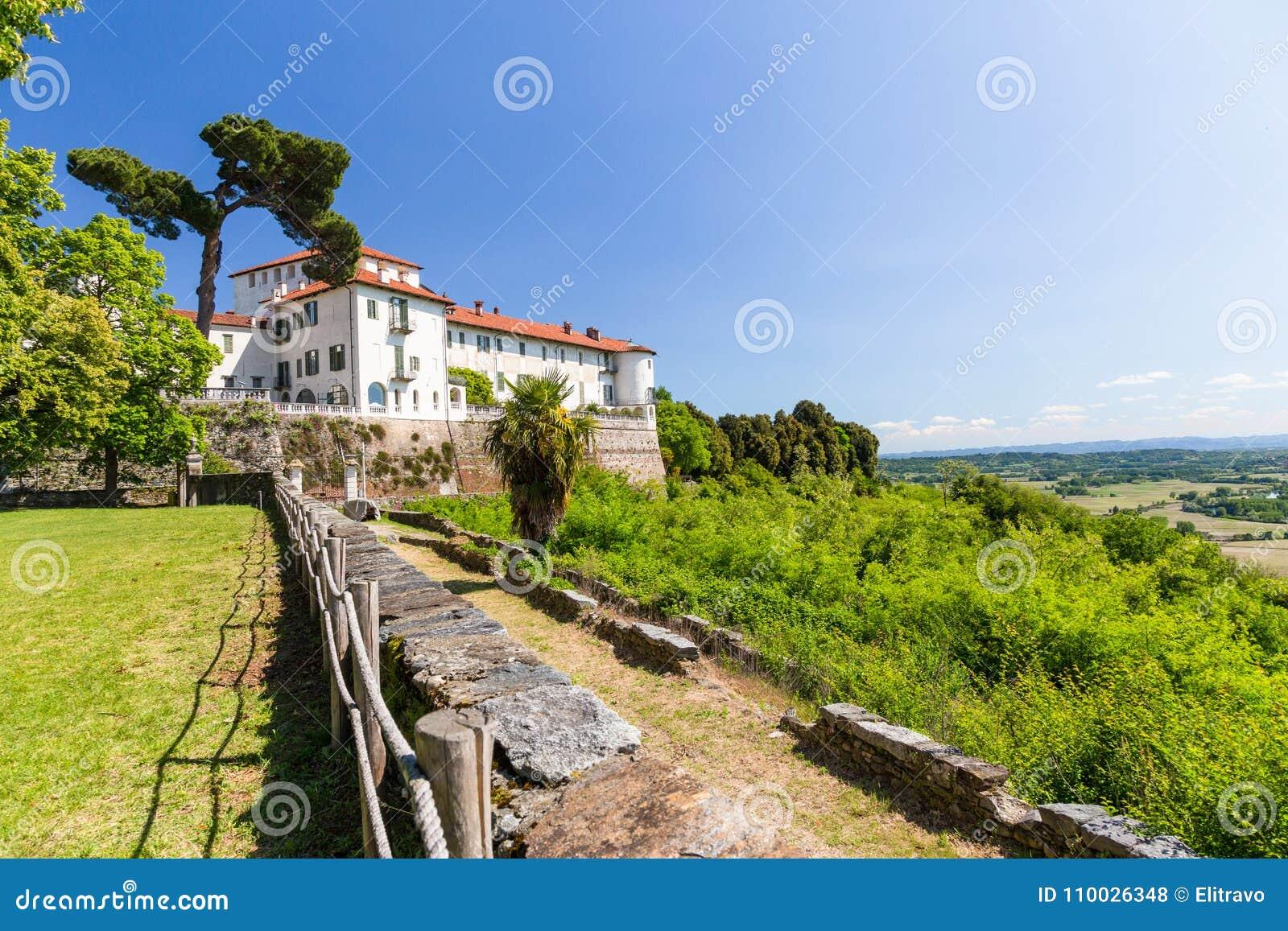 Masinokasteel in Piemonte-gebied, Italië