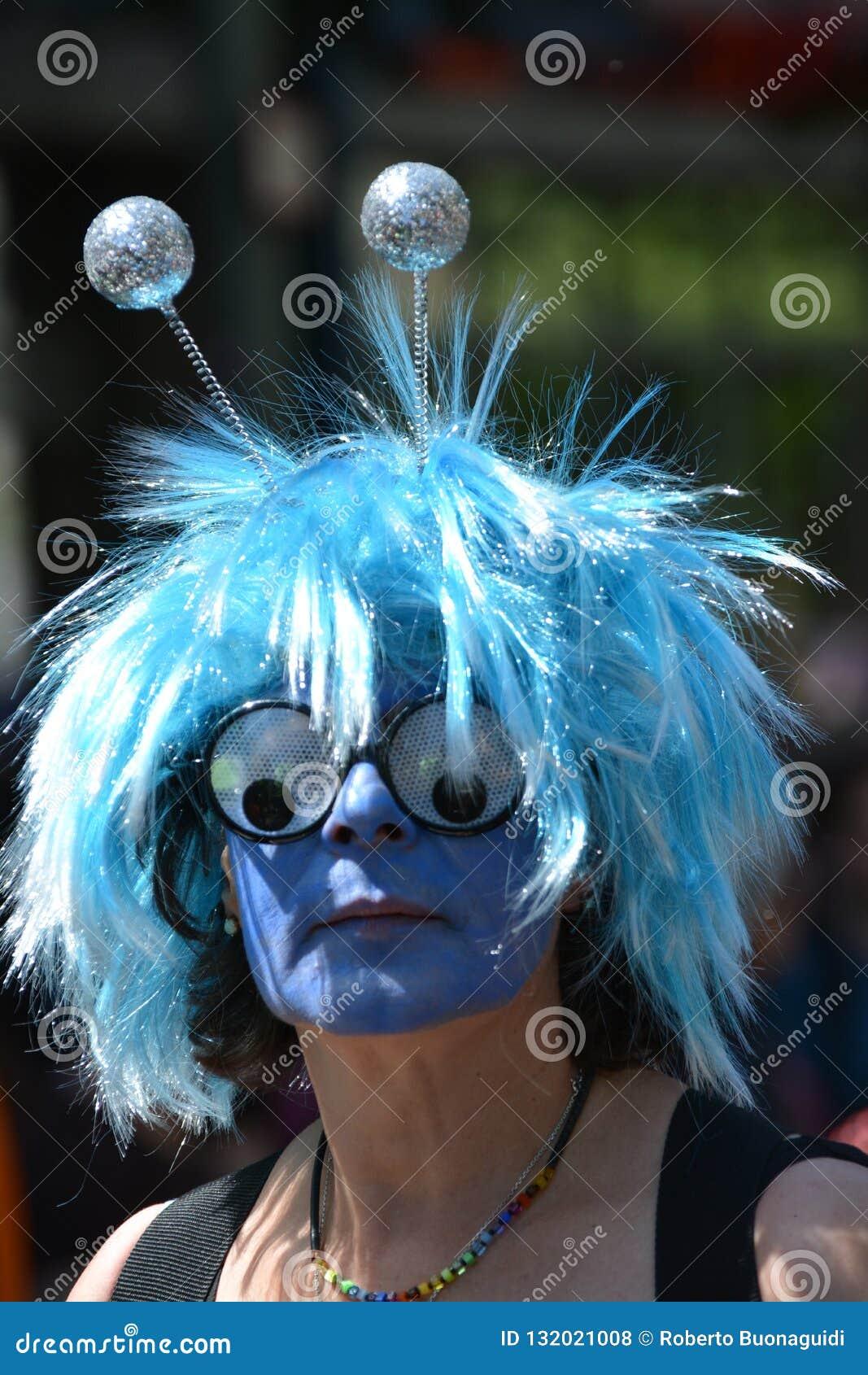 Maska przy karnawałem kultury w Berlin na Maju 25s 2015
