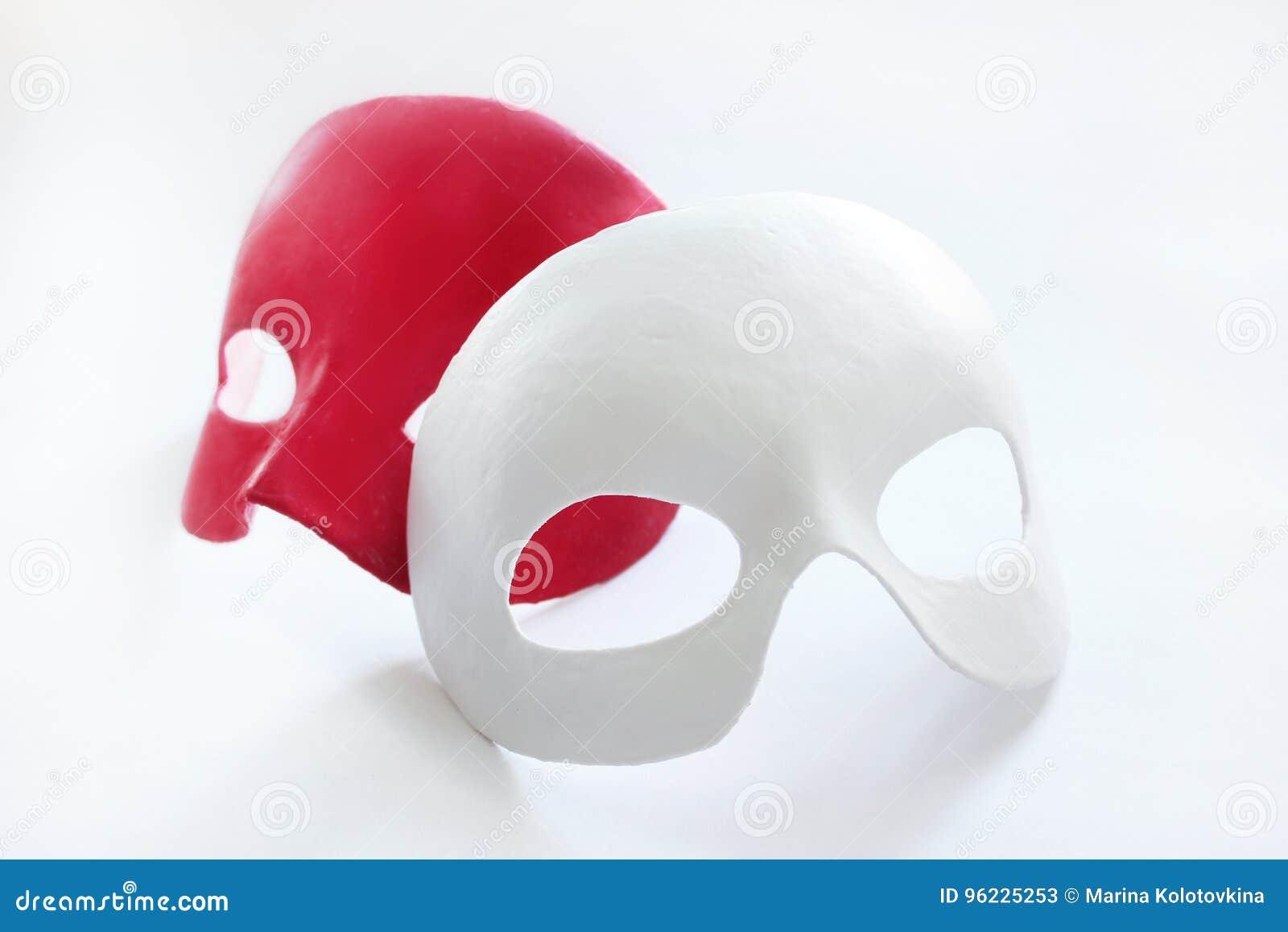 Maske auf dem Gesicht