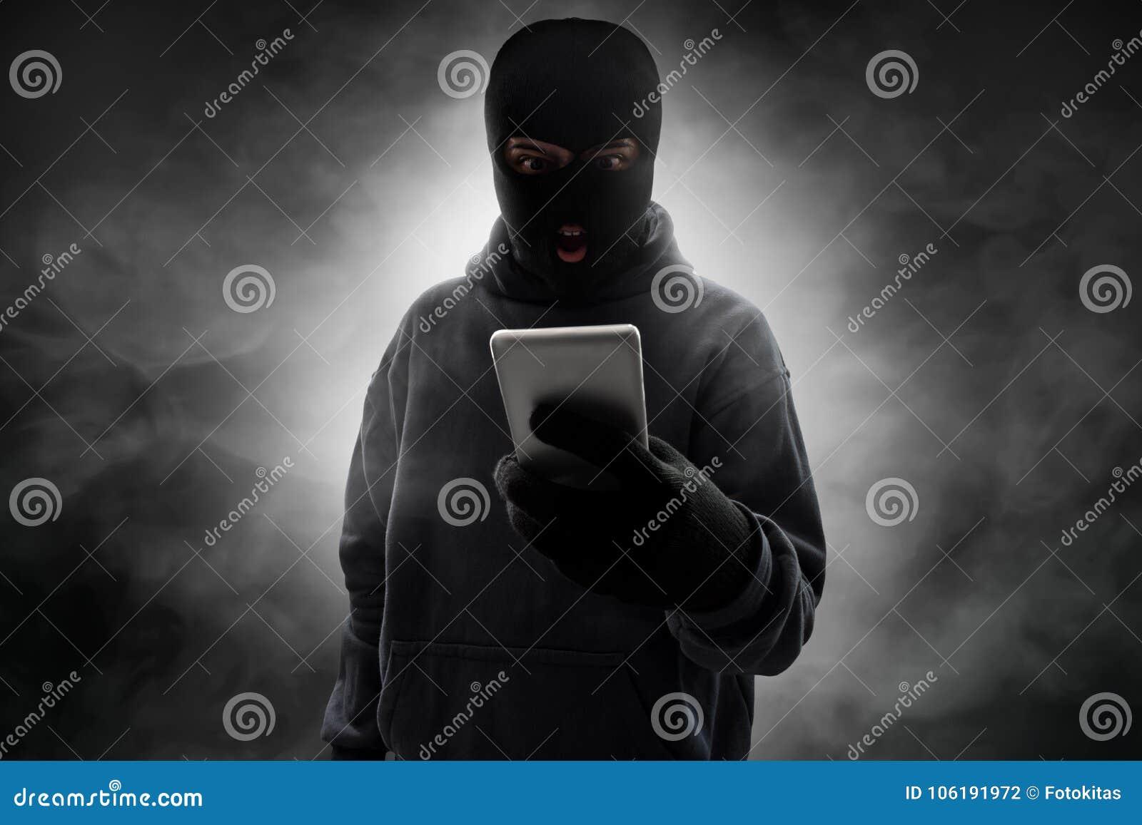 DOROTHEA: Masket Thief