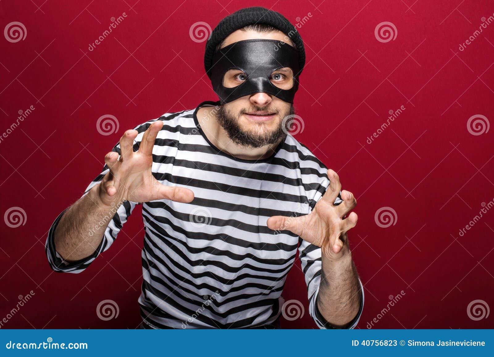 Maskerad Brottsling Som är Klar Att Slåss Fotografering för ... e081bb6629de2